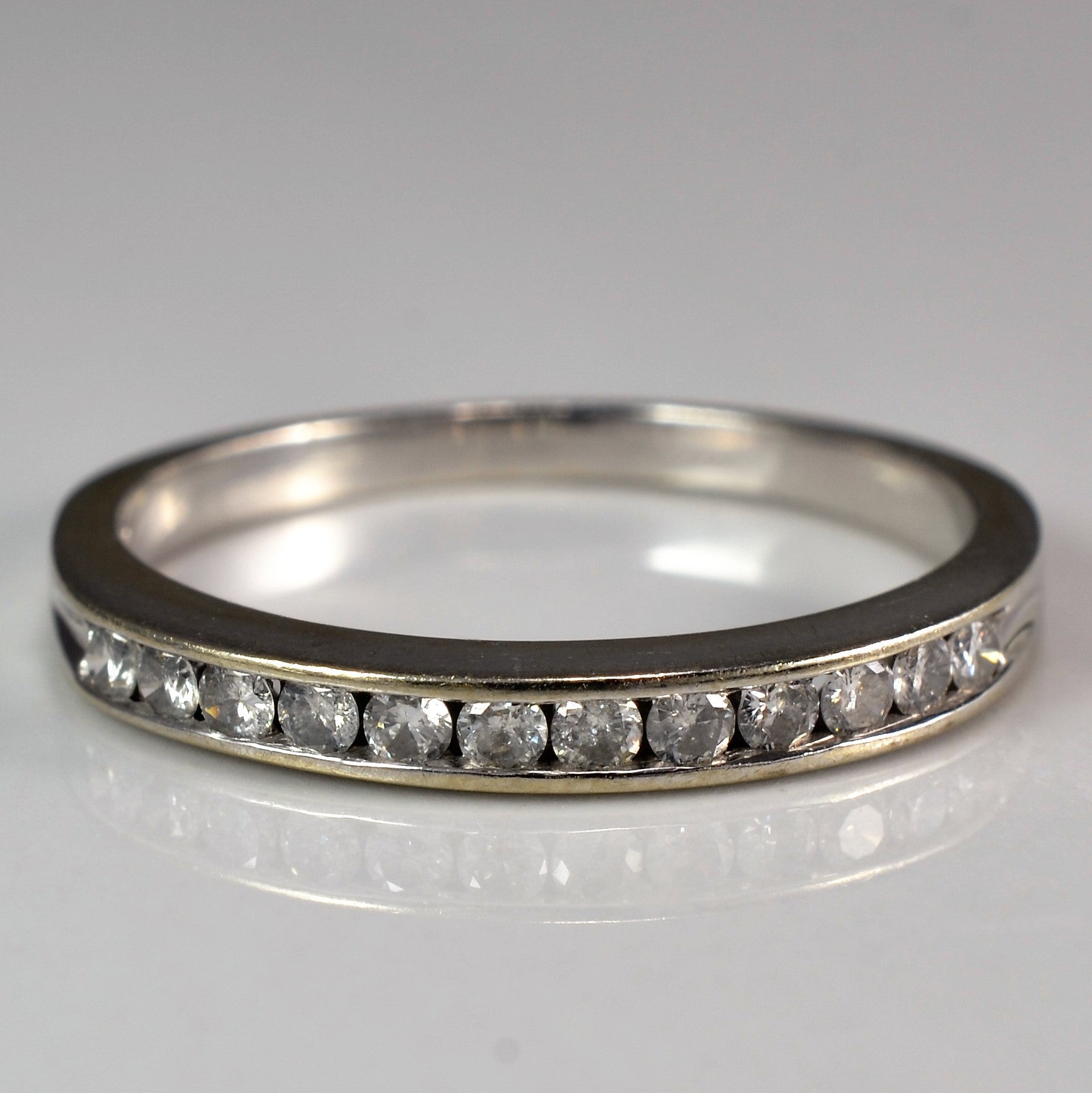 Classic Diamond Channel Band | 0.18 ctw, SZ 7 |