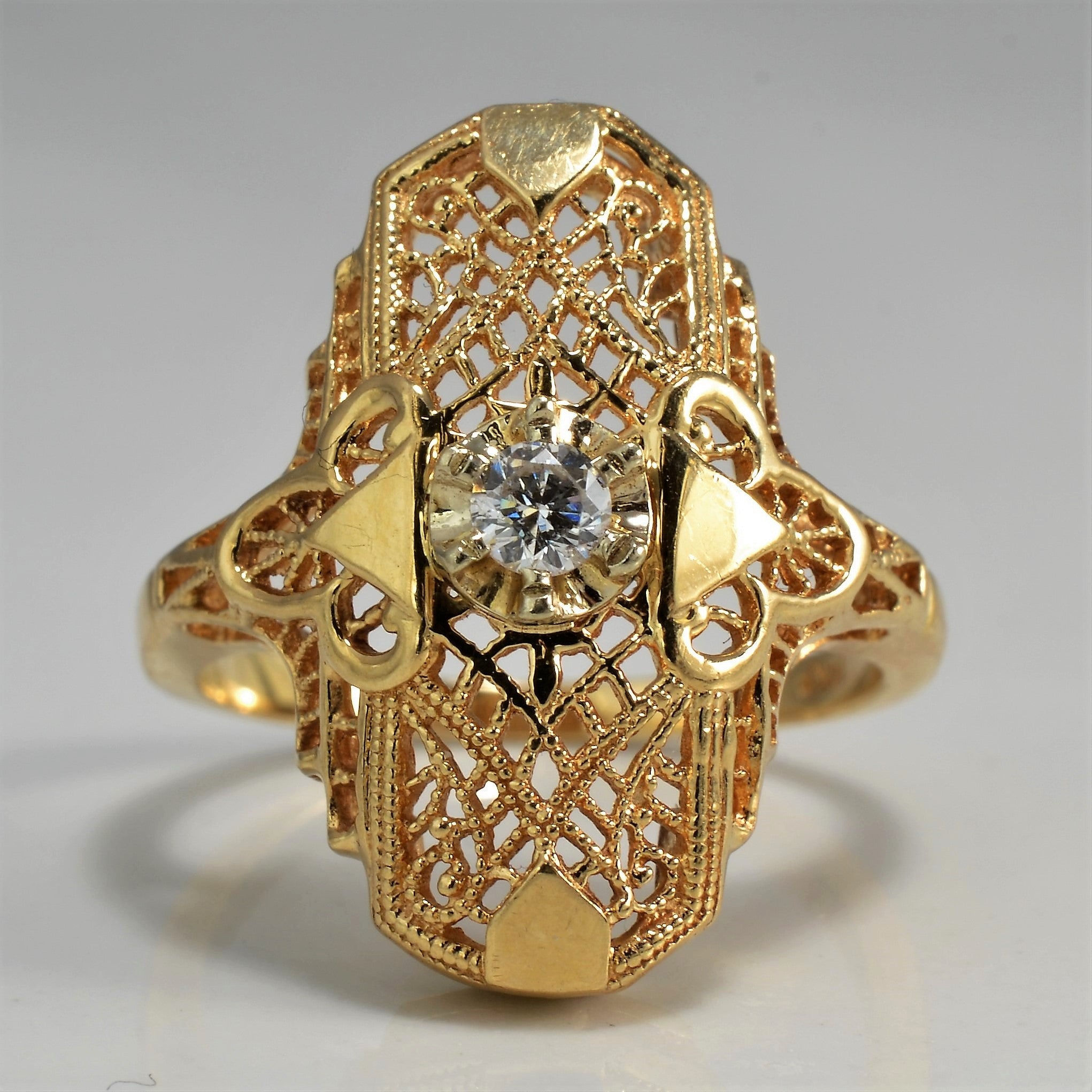 Beautiful Art Deco Filigree Diamond Ring | 0.10 ct, SZ 6.75 |