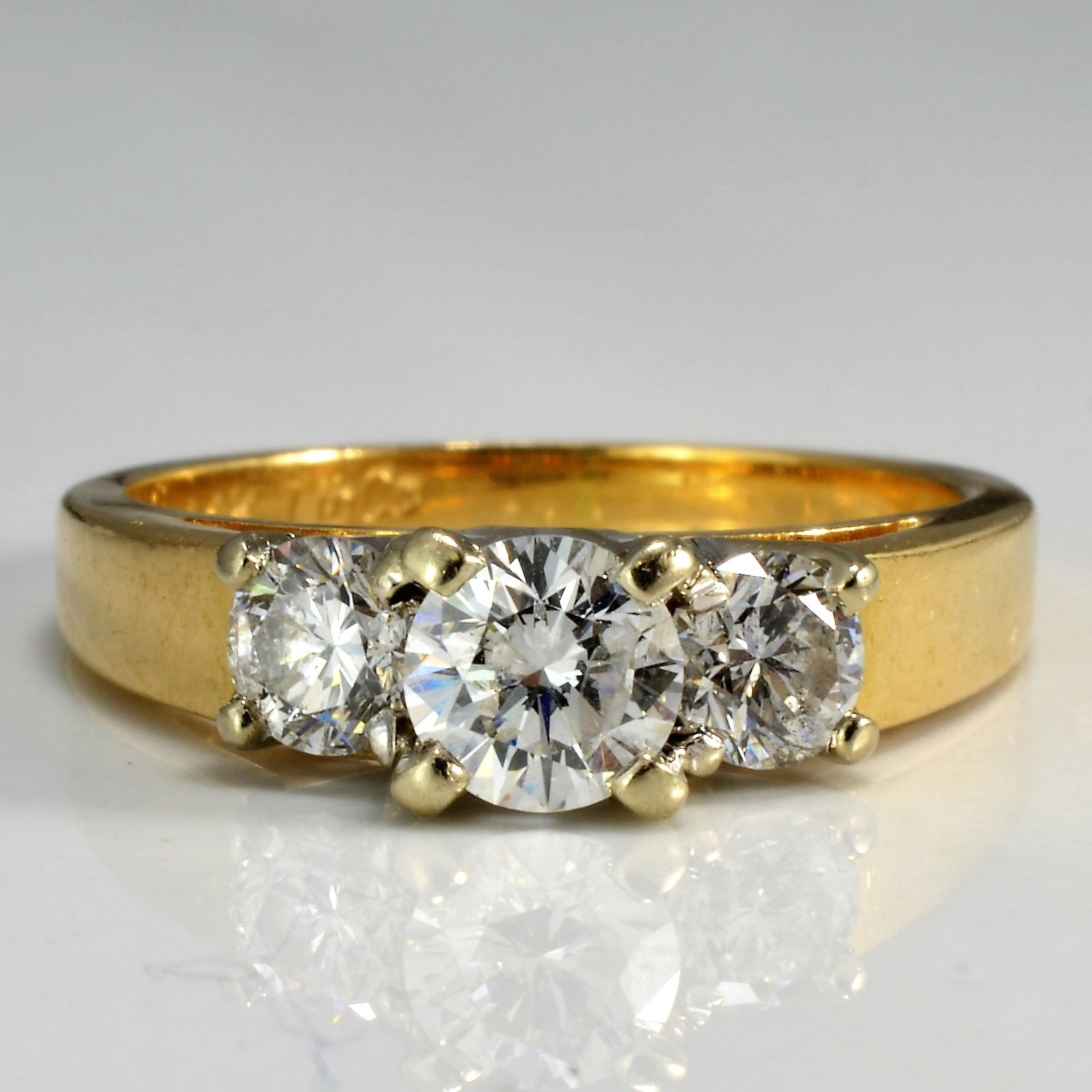 gold ring cut image rings diamond brilliant bridal yellow stone three