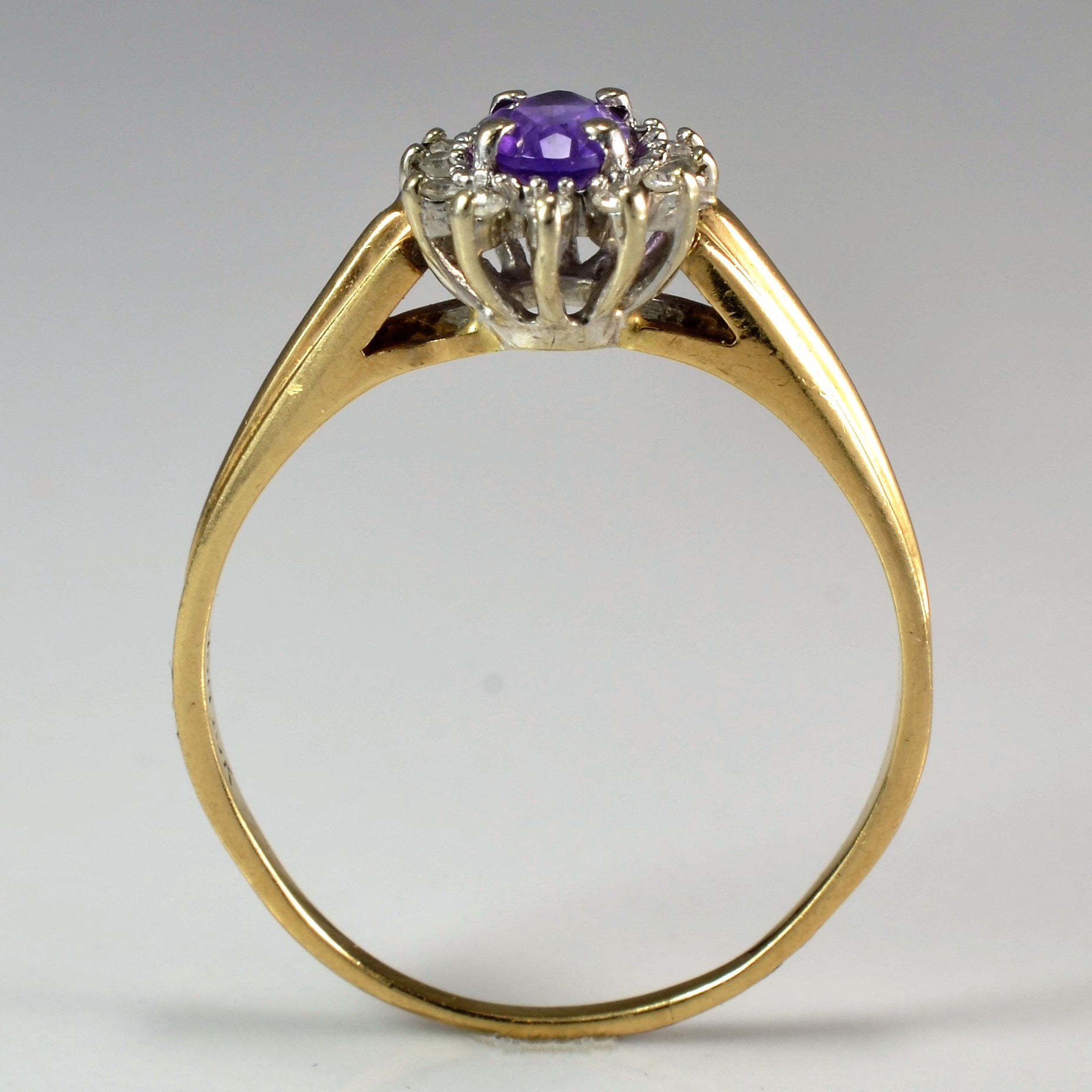 Oval Cut Amethyst & Diamond Ring | 0.12 ctw, SZ 8.5 |