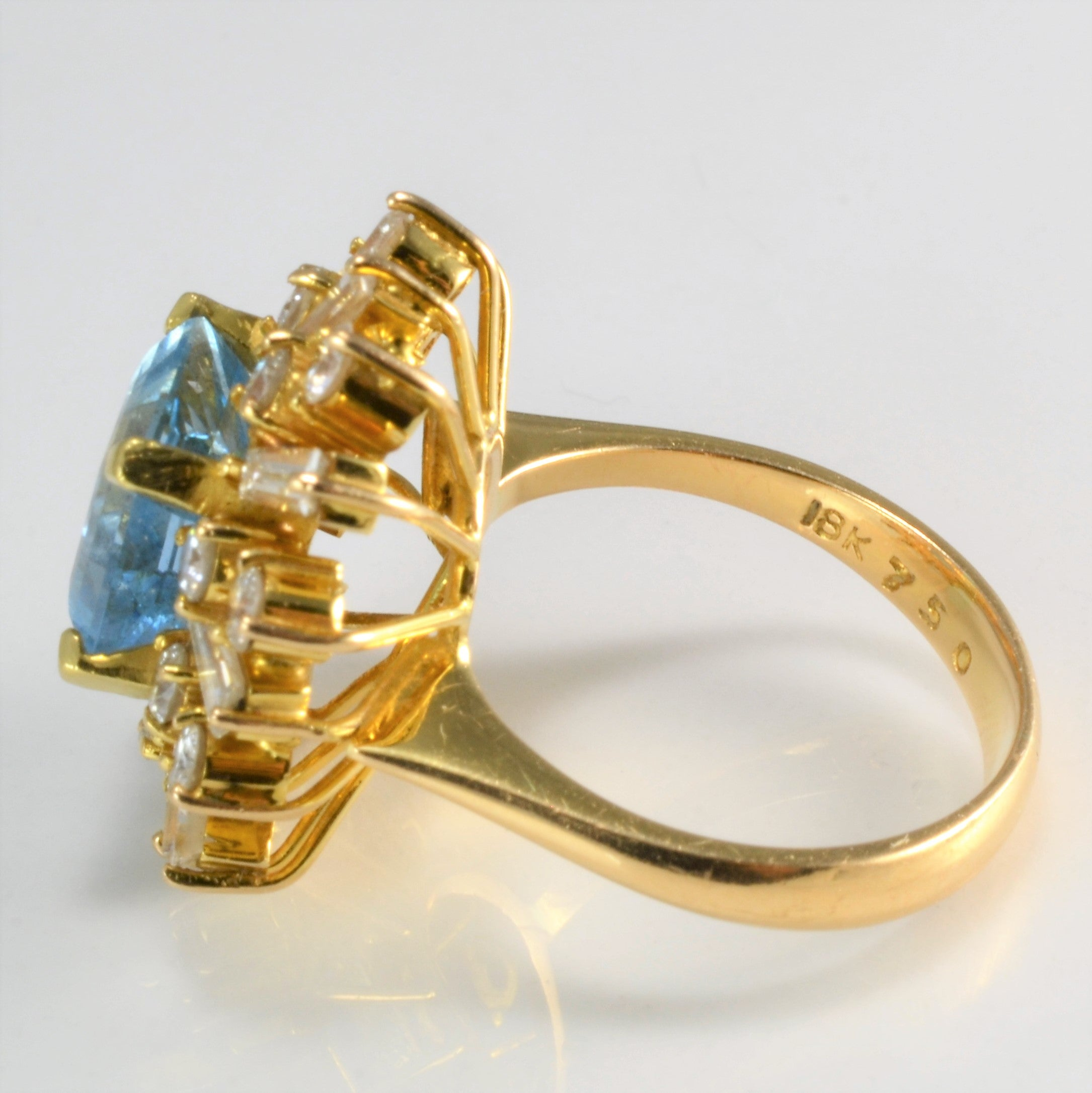 Aquamarine & Diamond Cocktail Ring | 1.00 ctw, SZ 5.5 |