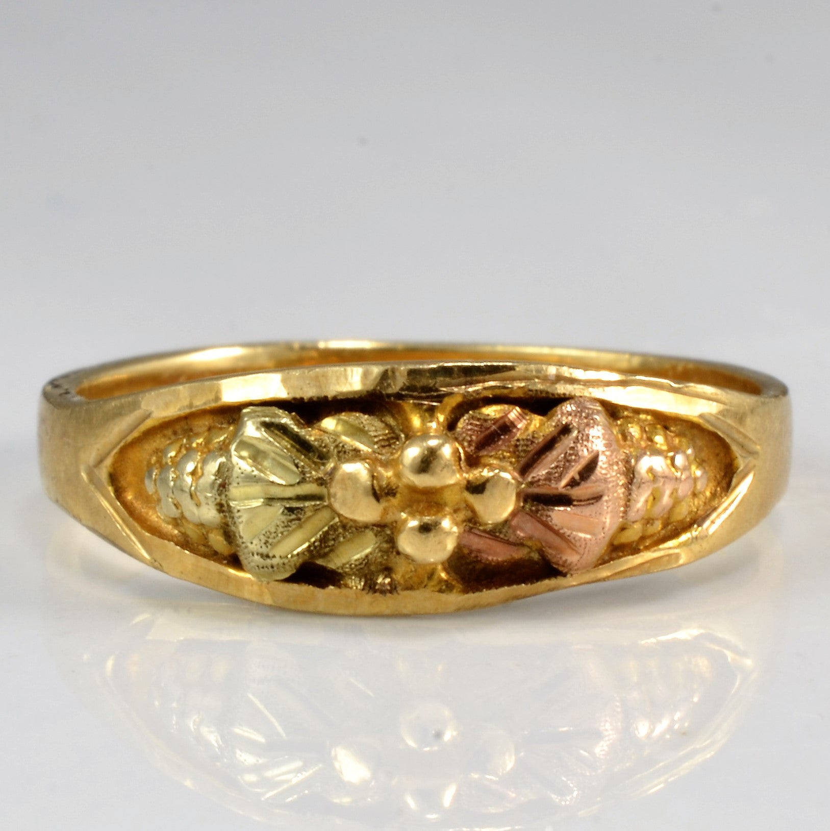 Two Tone Vintage Floral Illusion Ring | SZ 4 |