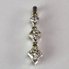 Princess Cut Diamond Drop Pendant | 0.20 ctw |