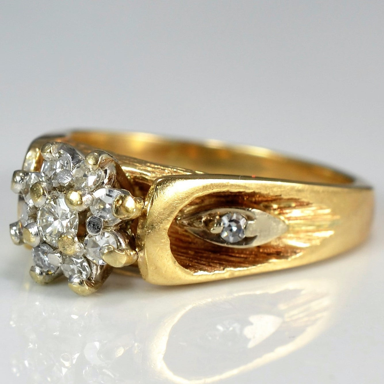 Floral Diamond Cocktail Ring | 0.25 ctw, SZ 5.25 |