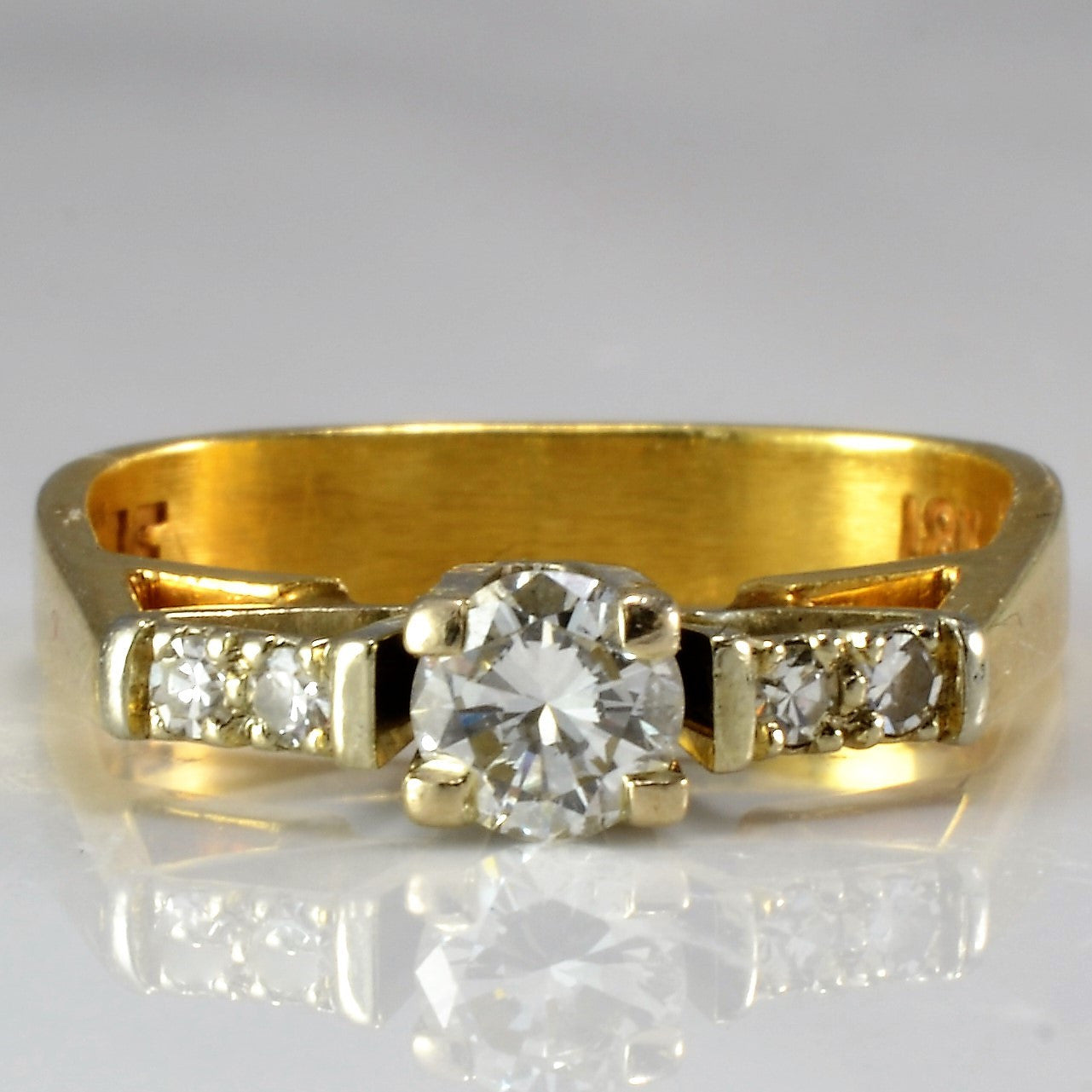 High Set Engagement Ring | 0.29 ctw, SZ 4.75 |