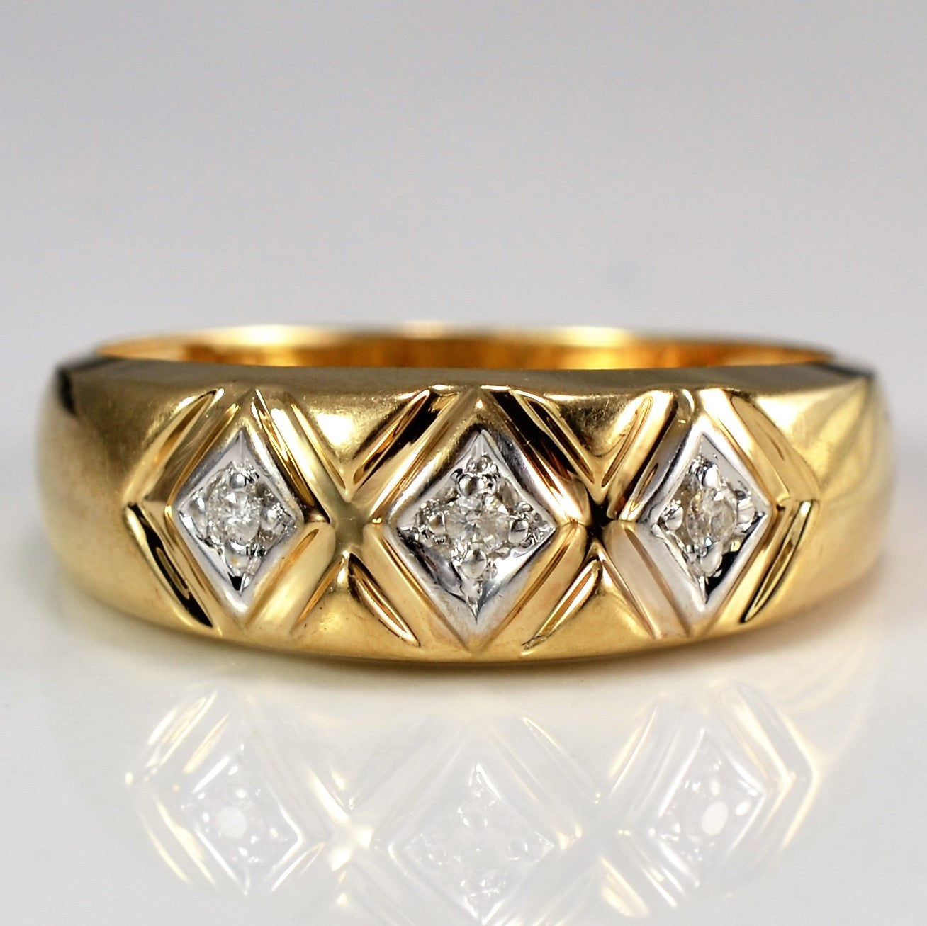 Vintage Triangular Band | 0.03 ctw, SZ 7 |