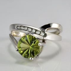 Chevron Peridot & Diamond Ladies Ring | 0.10 ctw, SZ 7.75 |