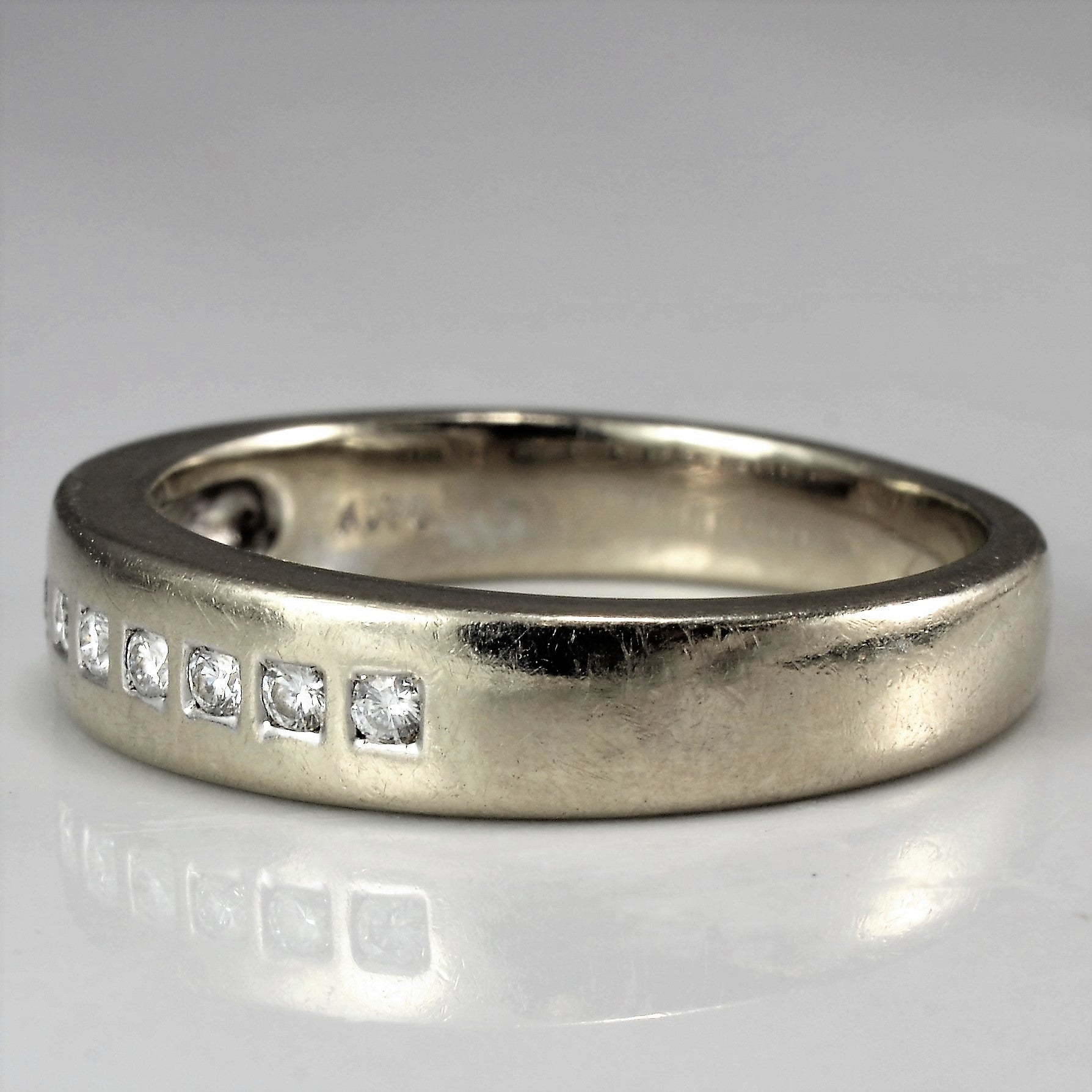 Square Set Diamond Wedding Band | 0.09 ctw, SZ 5.25 |