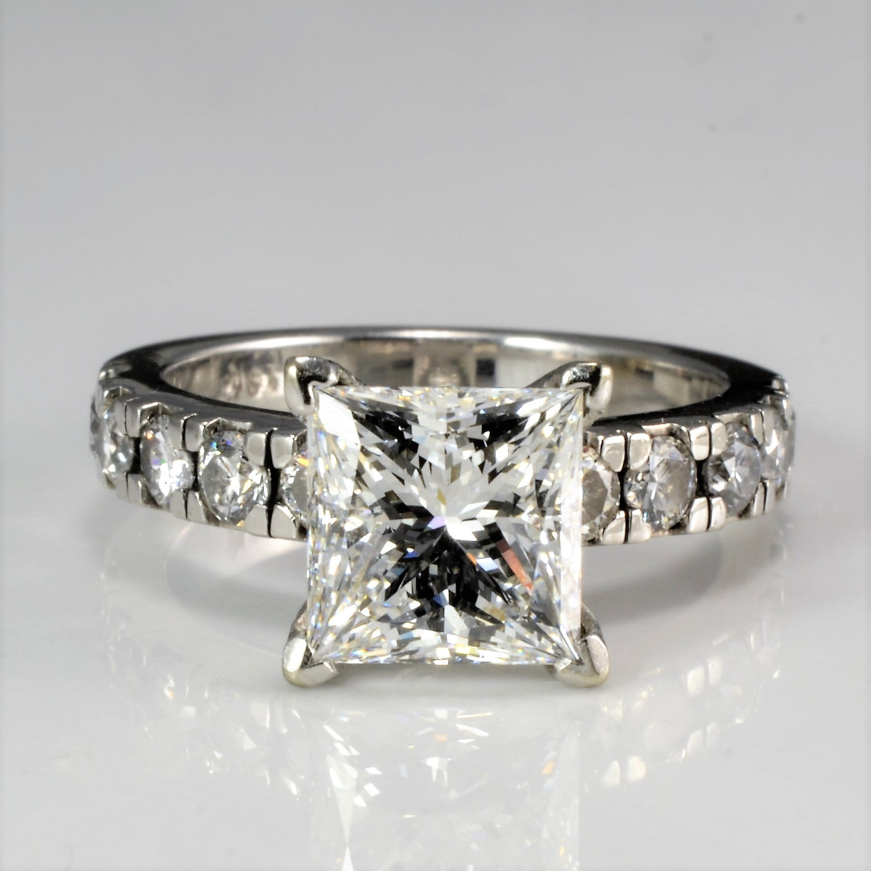 Solitaire with Accents Diamond Engagement Ring | 2.56 ctw, SZ 4.75 |