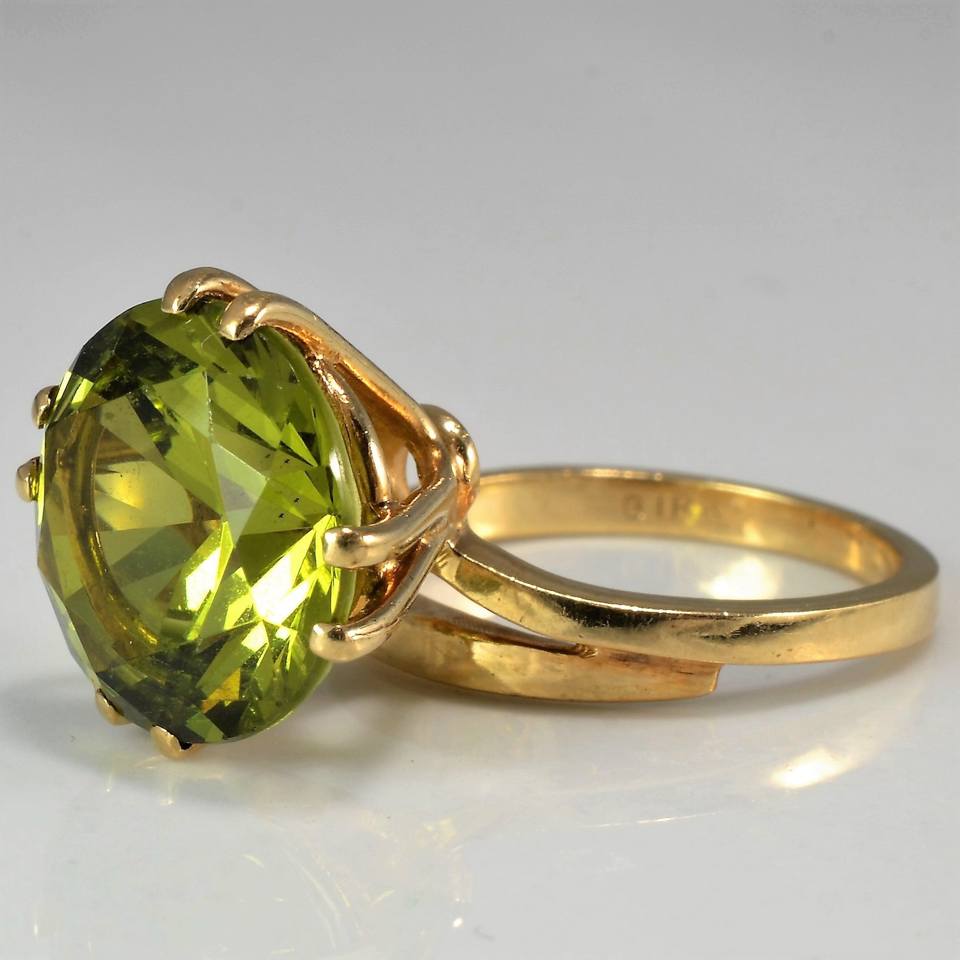 tapered rings tsavorite garnet ring stunning with platinum baguette diamonds