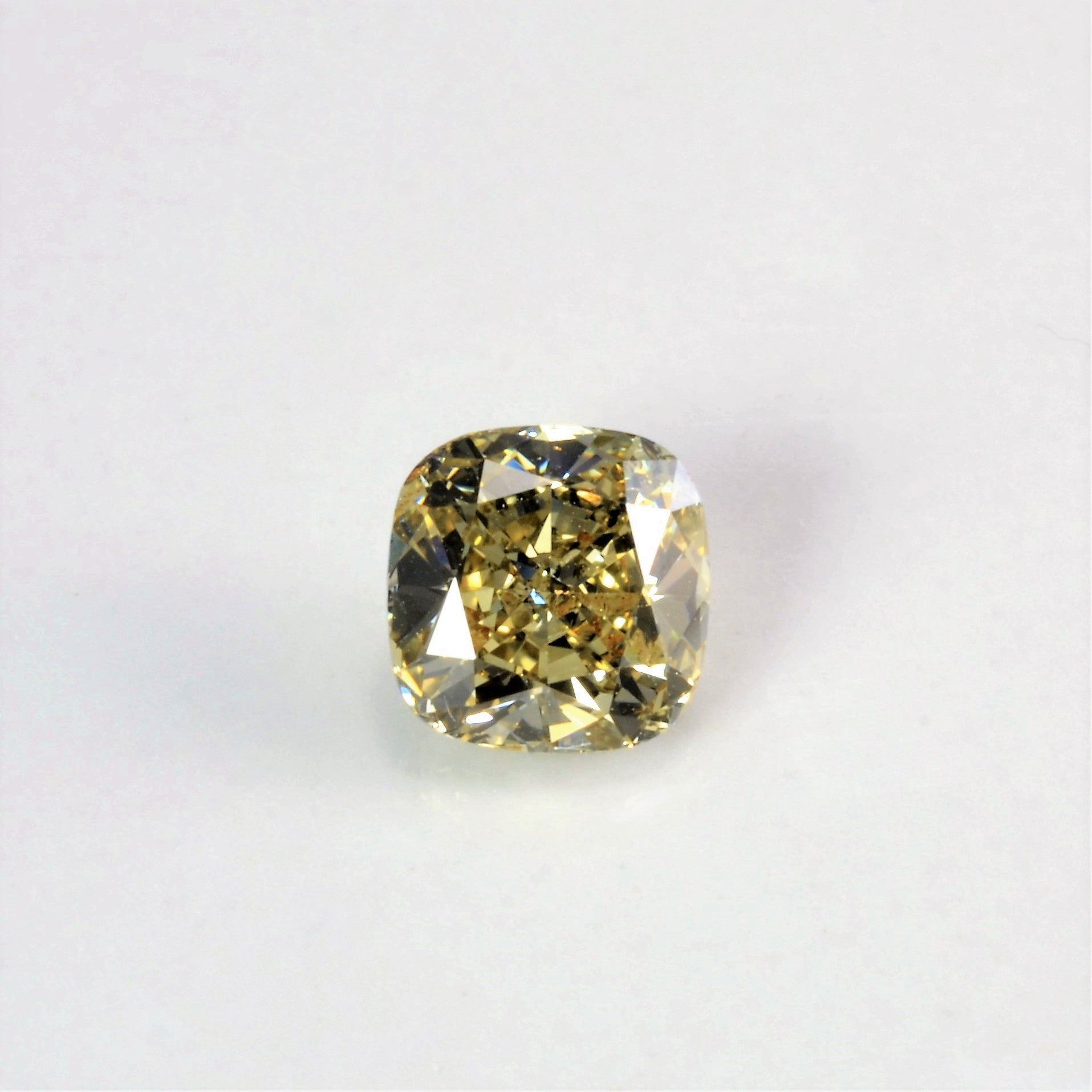 Cushion Cut Fancy Yellow Loose Diamond | 0.91 ct |