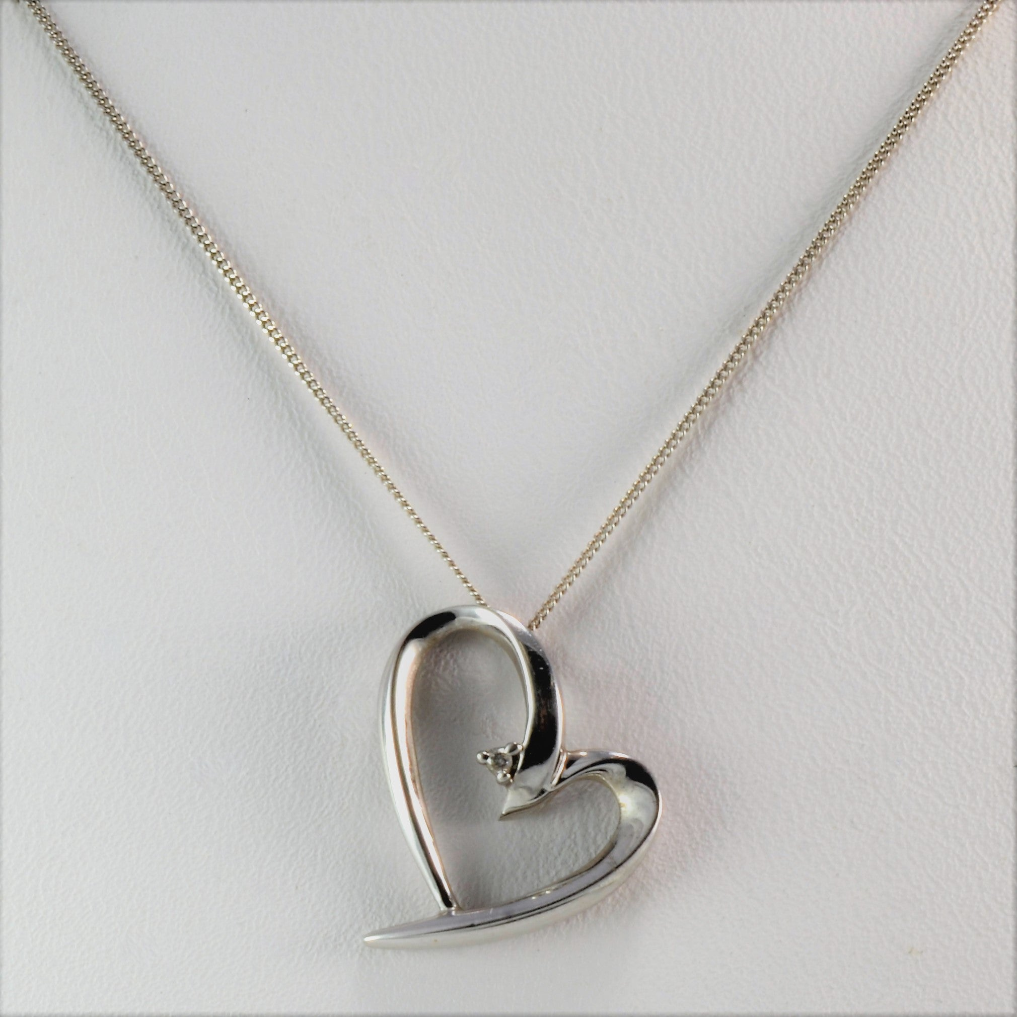 Delicate Diamond Heart Necklace | 0.01 ct, 17"