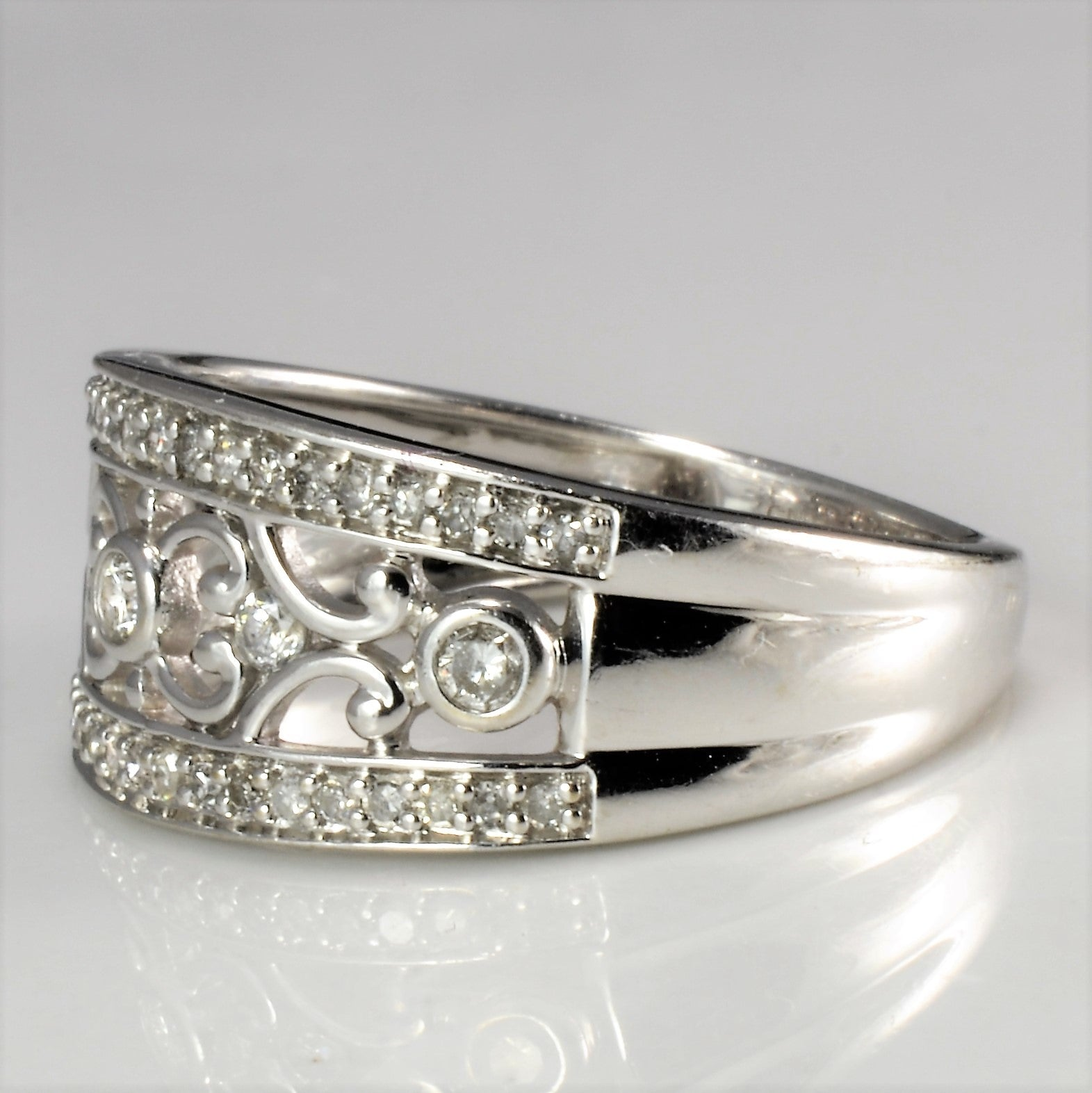 Filigree Design Diamond Wide Ring | 0.28 ctw, SZ 5.75 |
