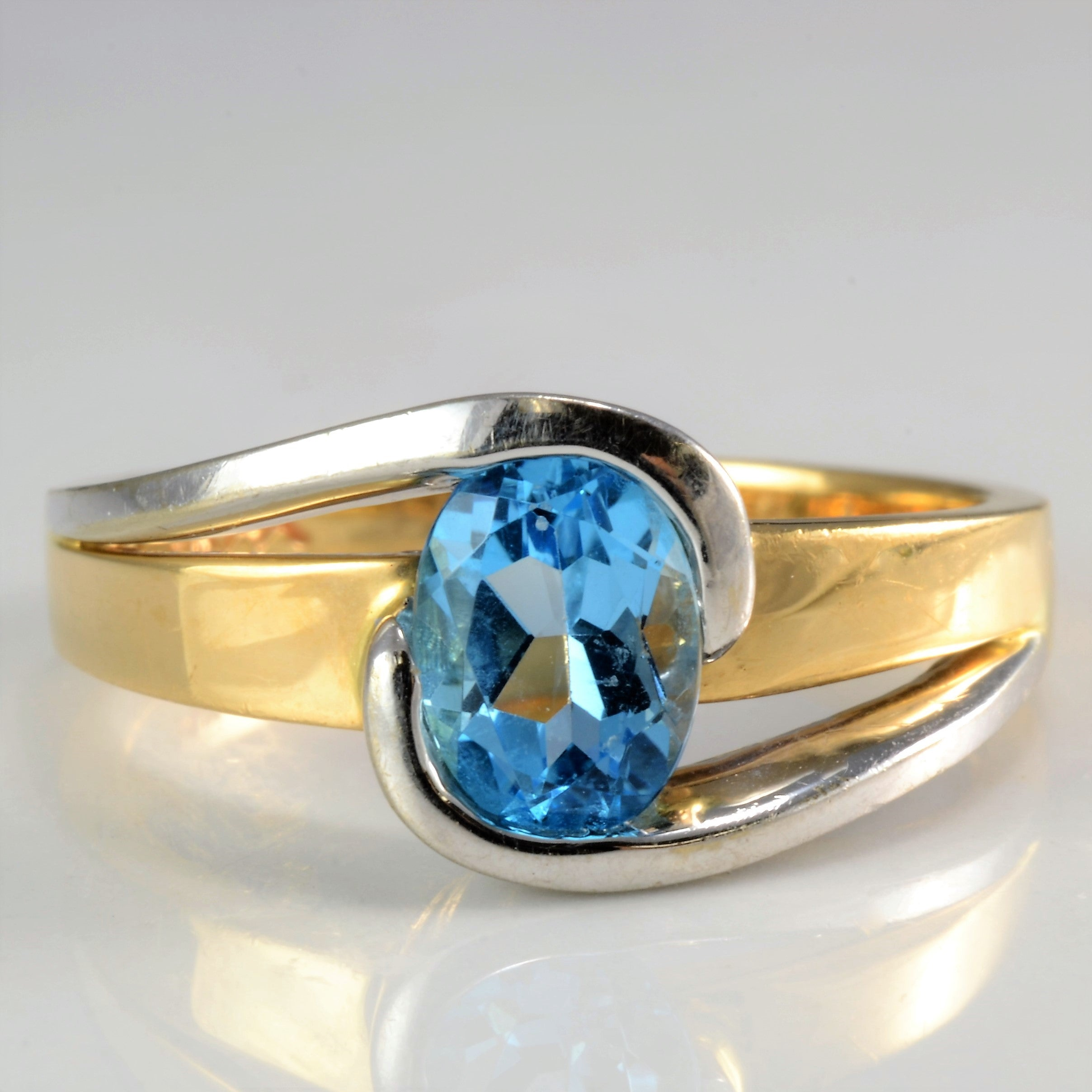 Two-Tone Bypass Solitaire Topaz Ring | SZ 6.5 |