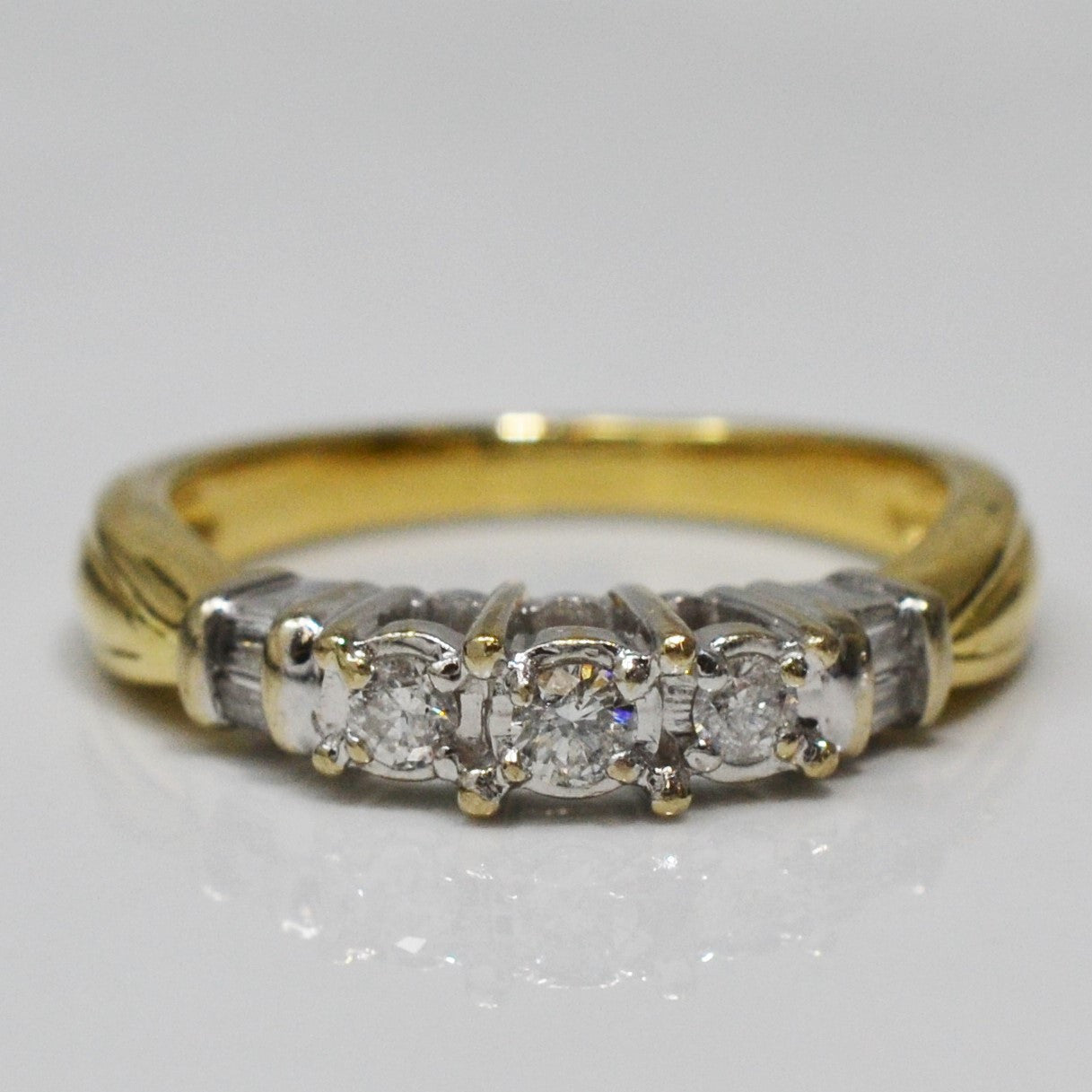 Three Stone Tapered Ring | 0.20 ctw, SZ 7 |