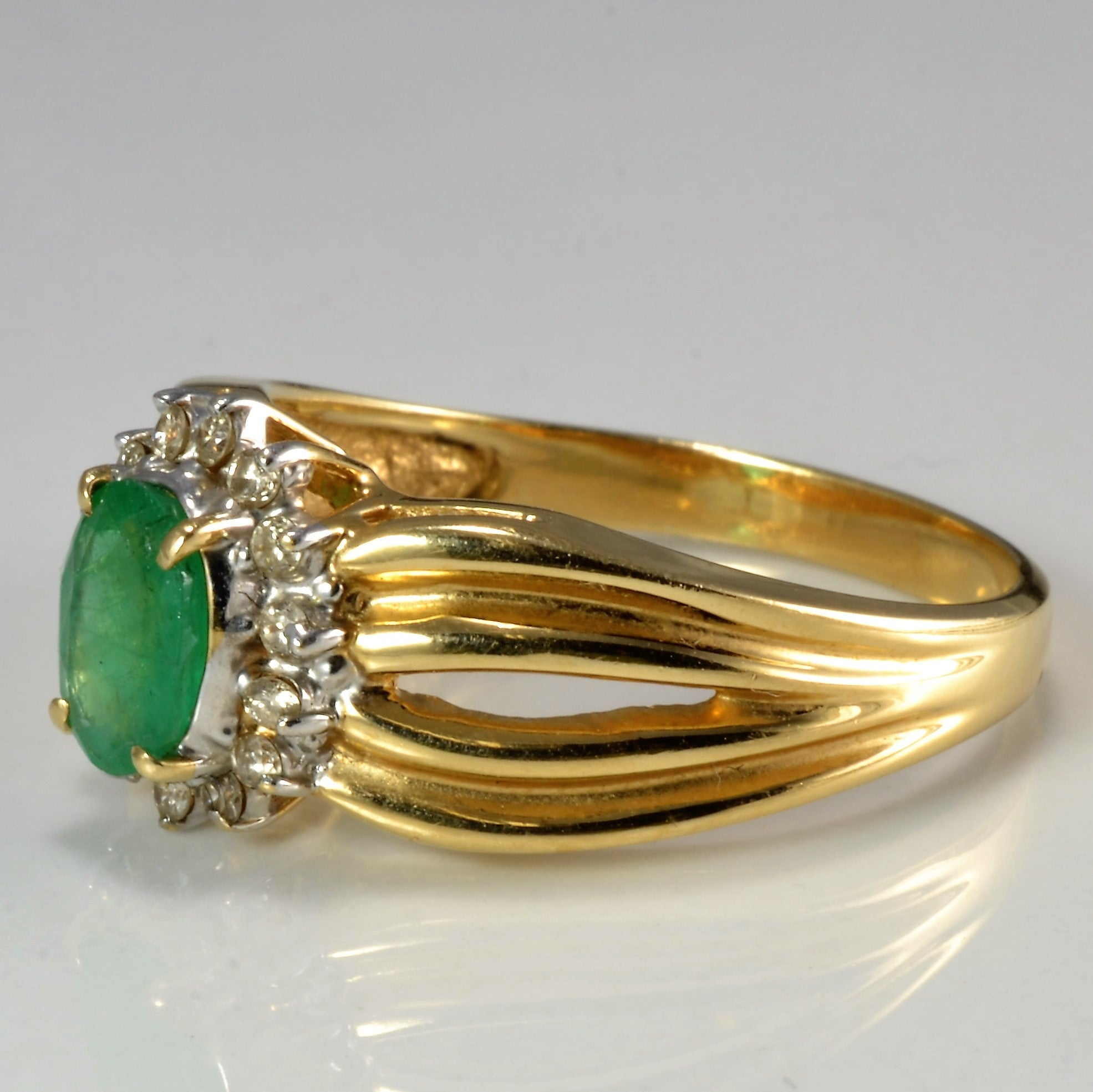 Emerald & Diamond Cocktail Ring | 0.22 ctw, SZ 8.75 |