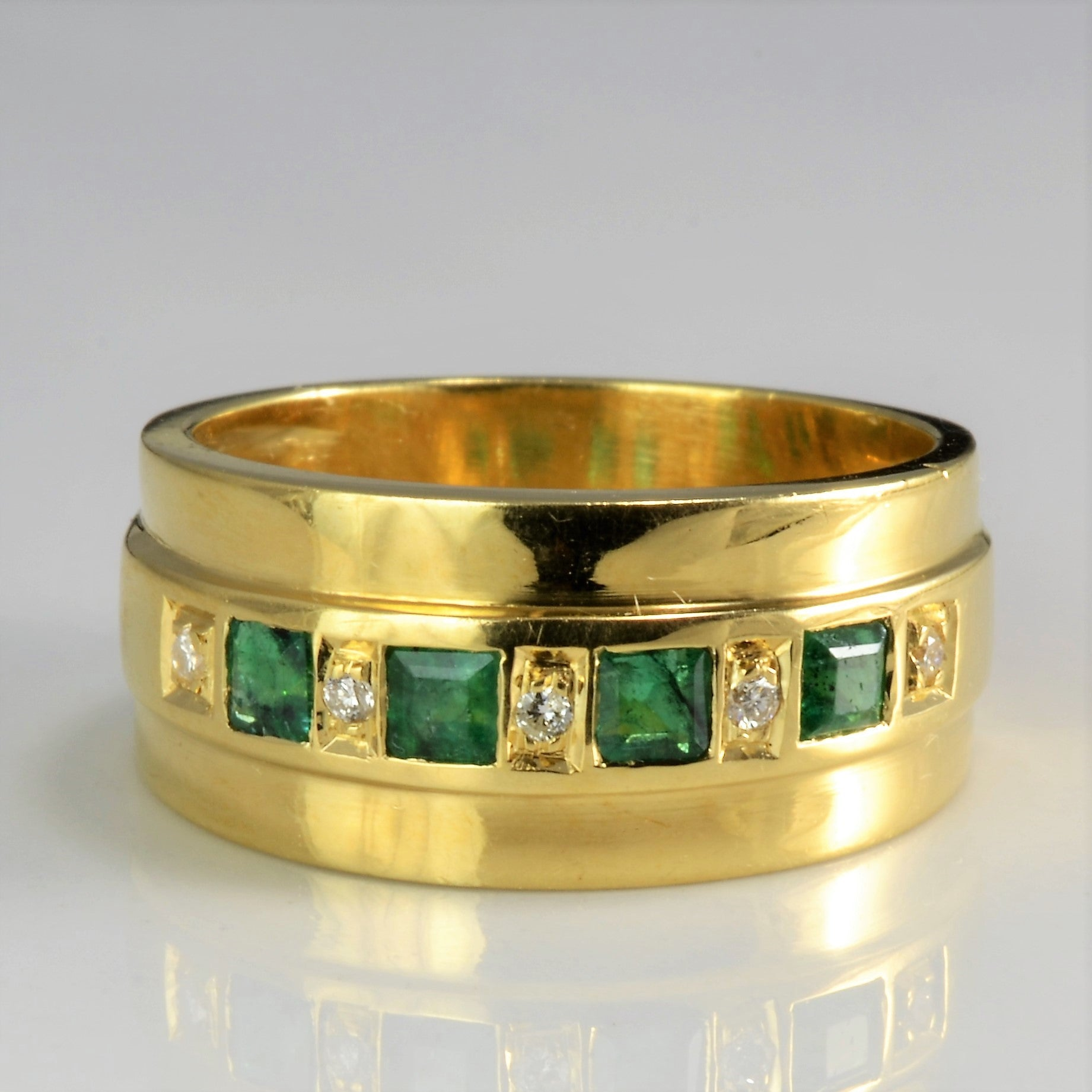 Bezel Set Emerald & Diamond Wide Band | 0.05 ctw, SZ 7 |