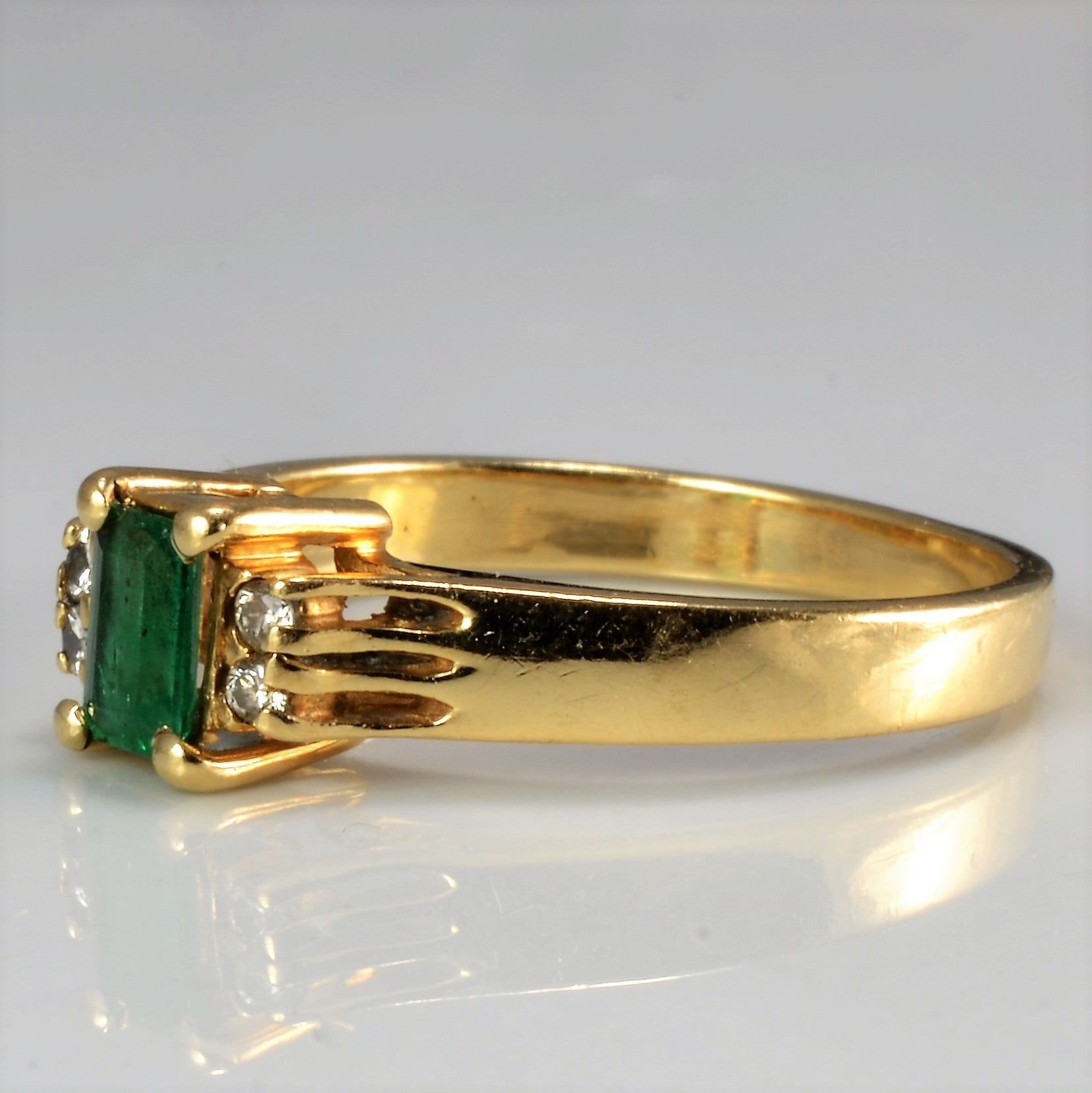 Prong Set Emerald & Diamond Ring | 0.04 ctw, SZ 6 |
