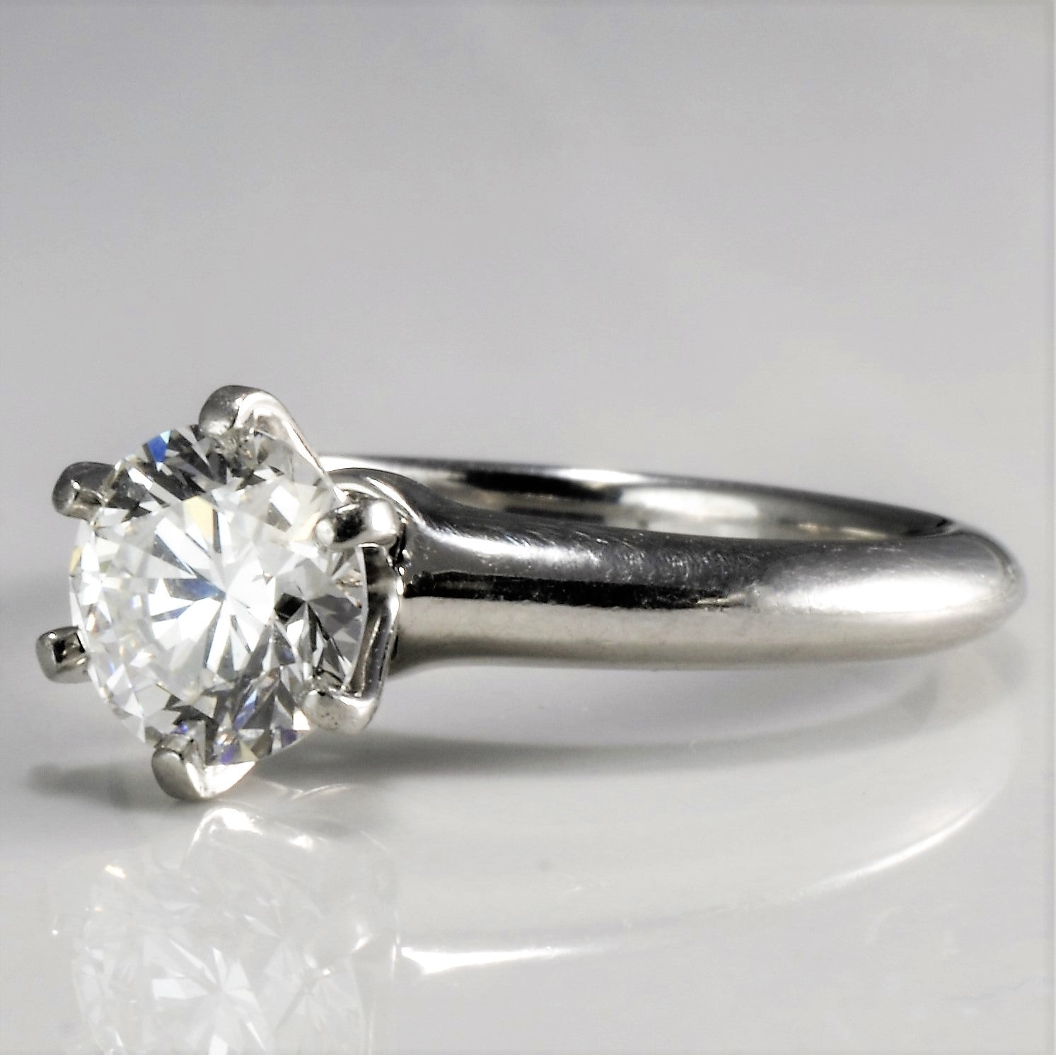 hand ring engagement solitaire rings custom diamond