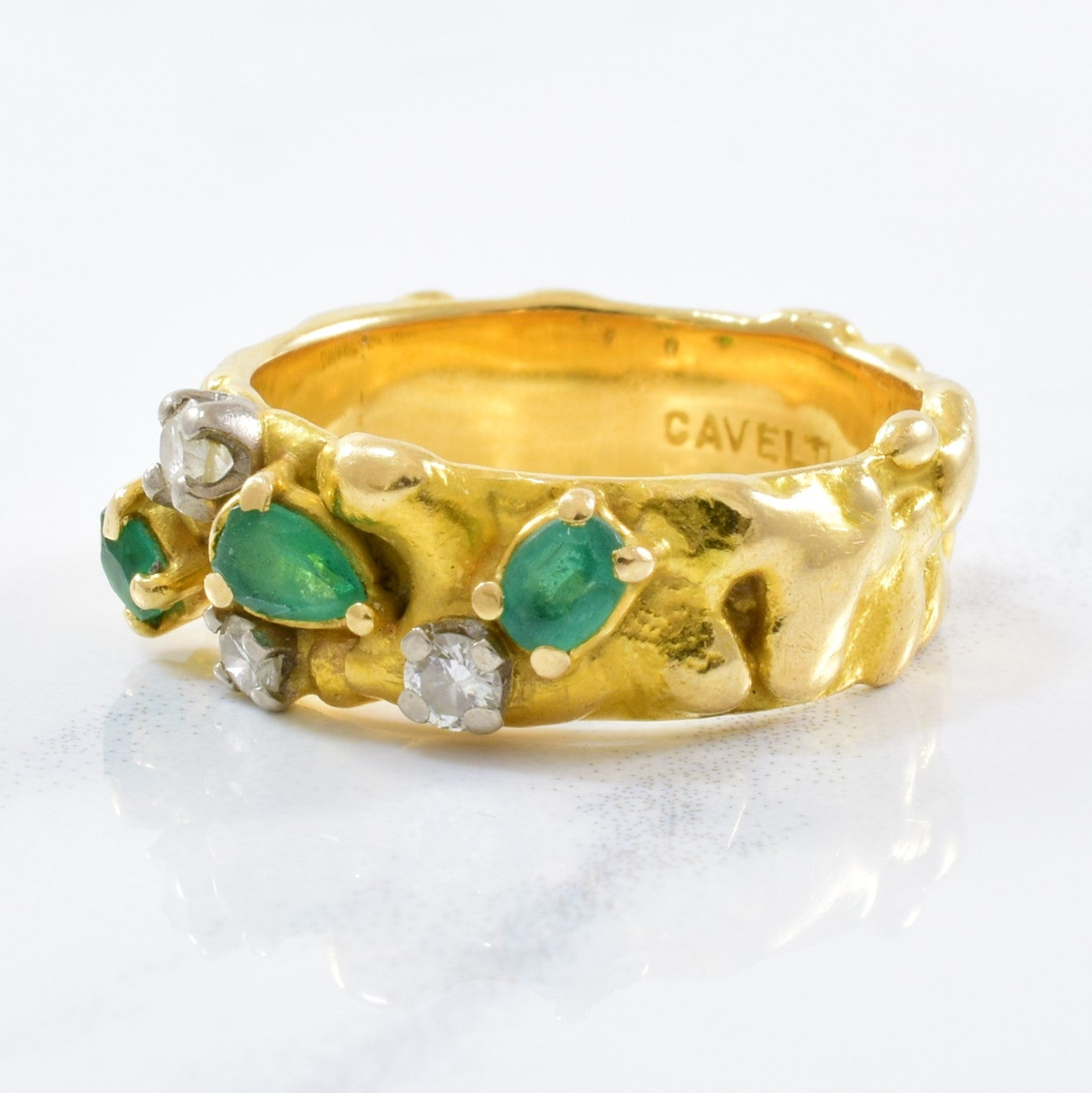 'Cavelti' Emerald & Diamond Band | 0.15ctw, 0.25ctw | SZ 5.25 |