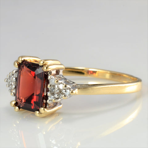 Garnet & Cluster Diamond Ladies Ring | 0.06 ctw, SZ 10 |