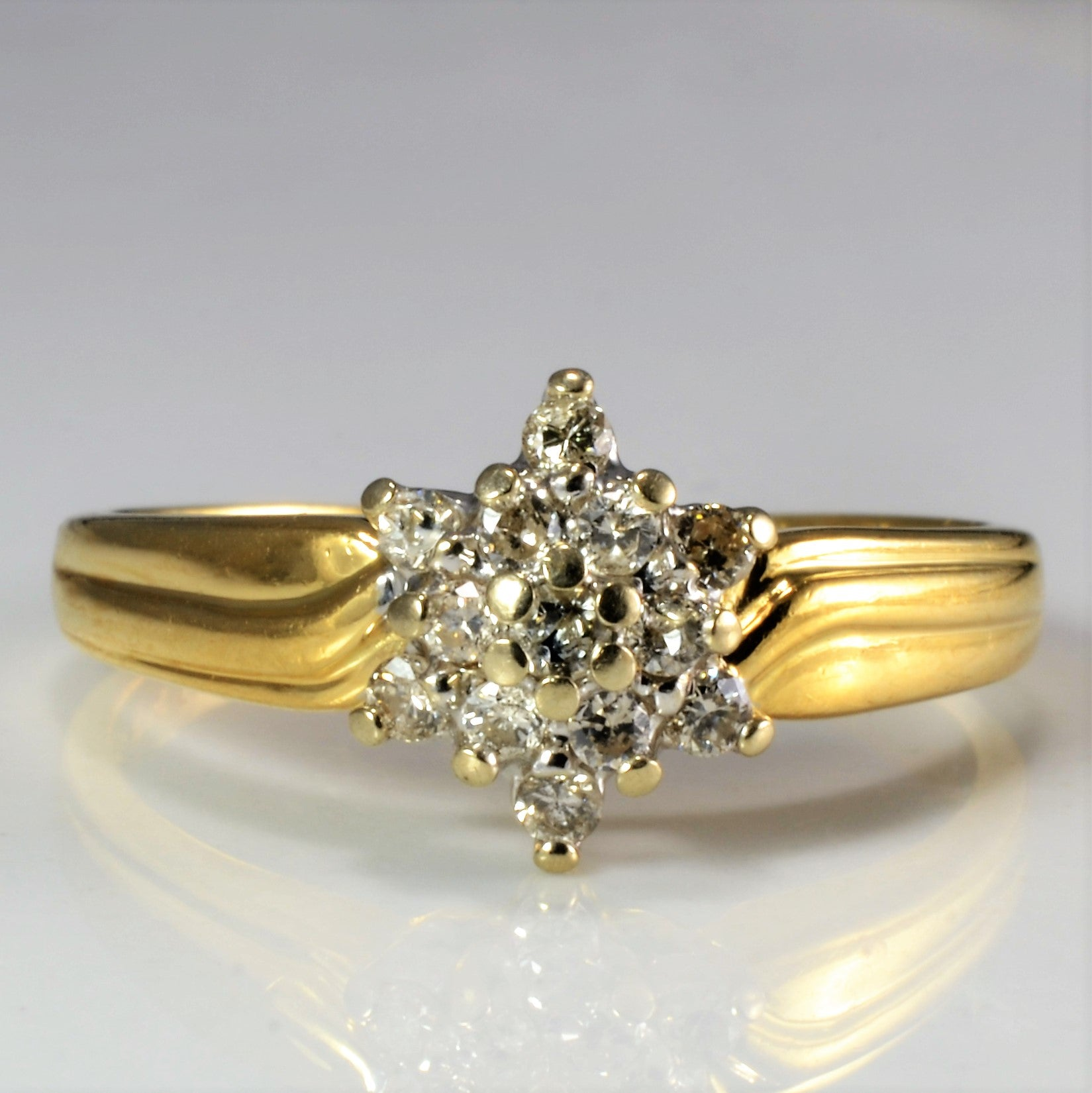 Cluster Diamond Ring | 0.20 ctw, SZ 7.75 |