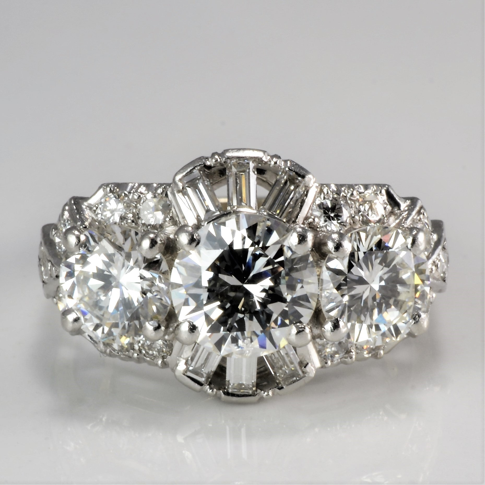 Vintage Multi- Diamond Ladies Engagement Ring | 2.90 ctw, SZ 4 |