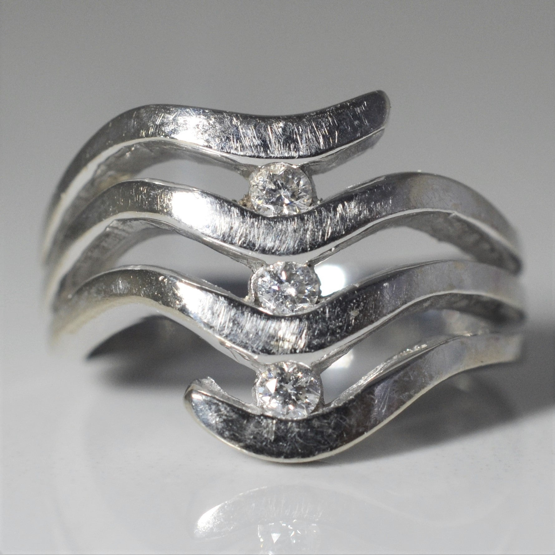 White Gold Wave Cocktail Ring | 0.12 ctw, SZ 6.25 |