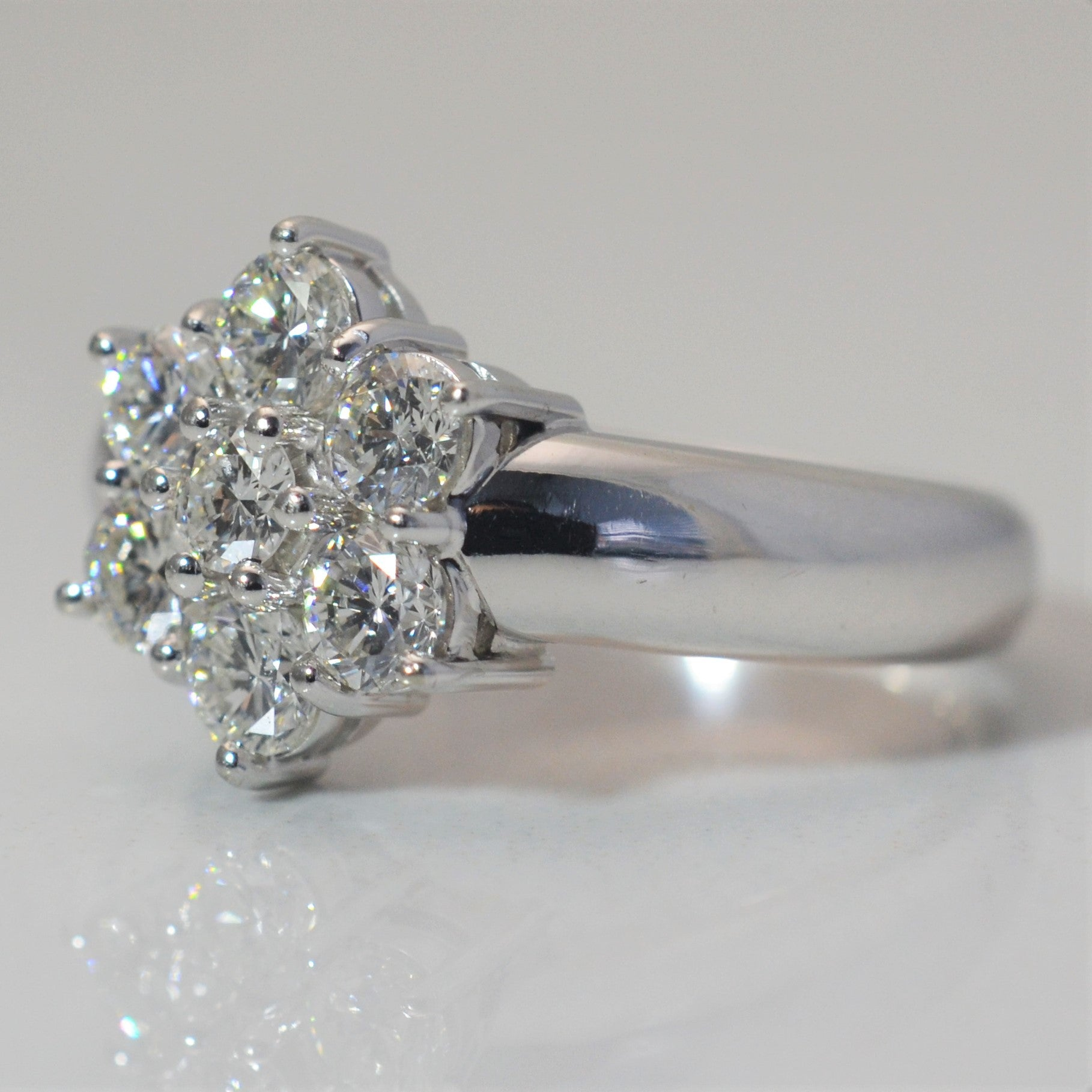 Classic Diamond Cluster Engagement Ring | 1.00 ctw, SZ 7.5 |