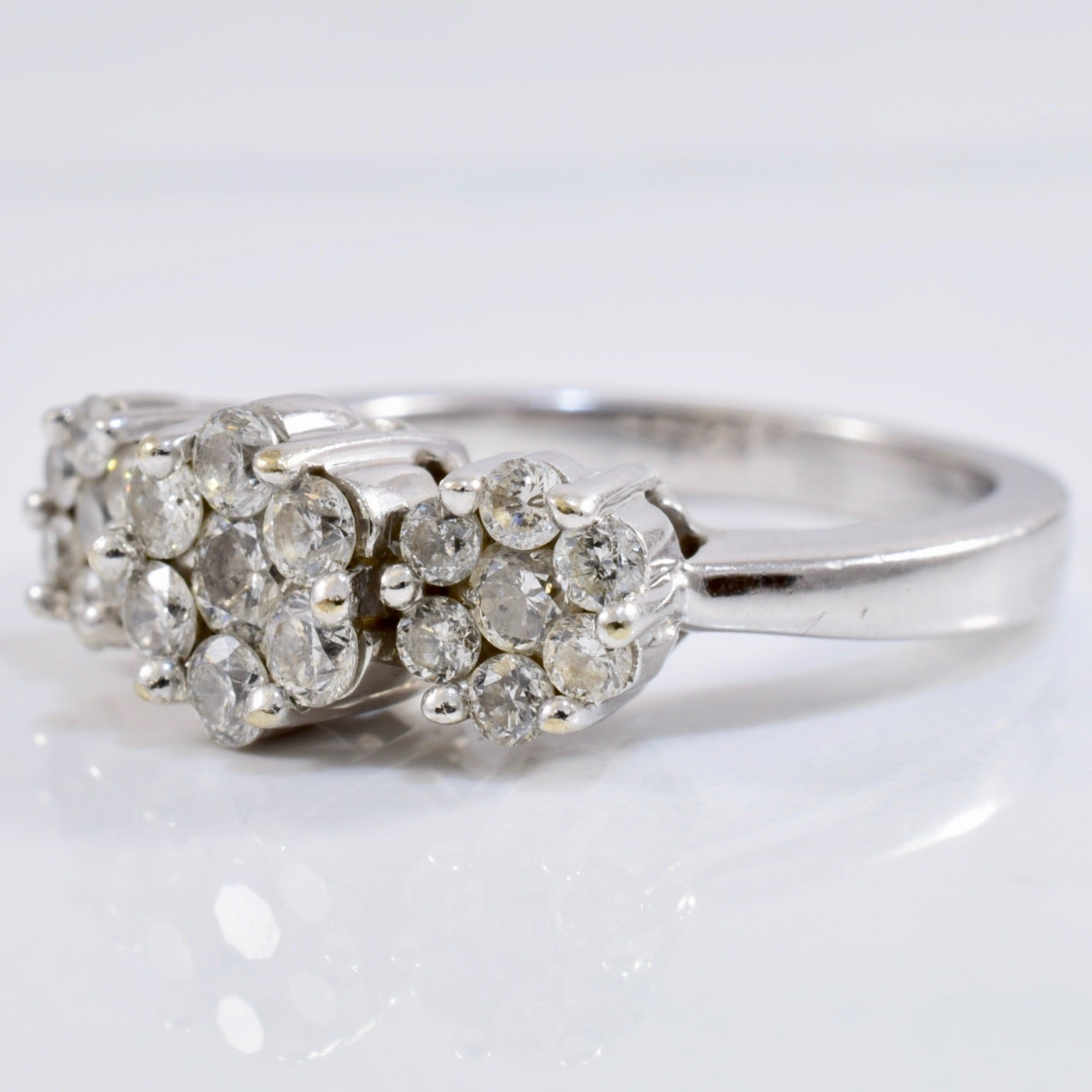 Floral Diamond Cluster Ring | 0.88 ctw SZ 7 |