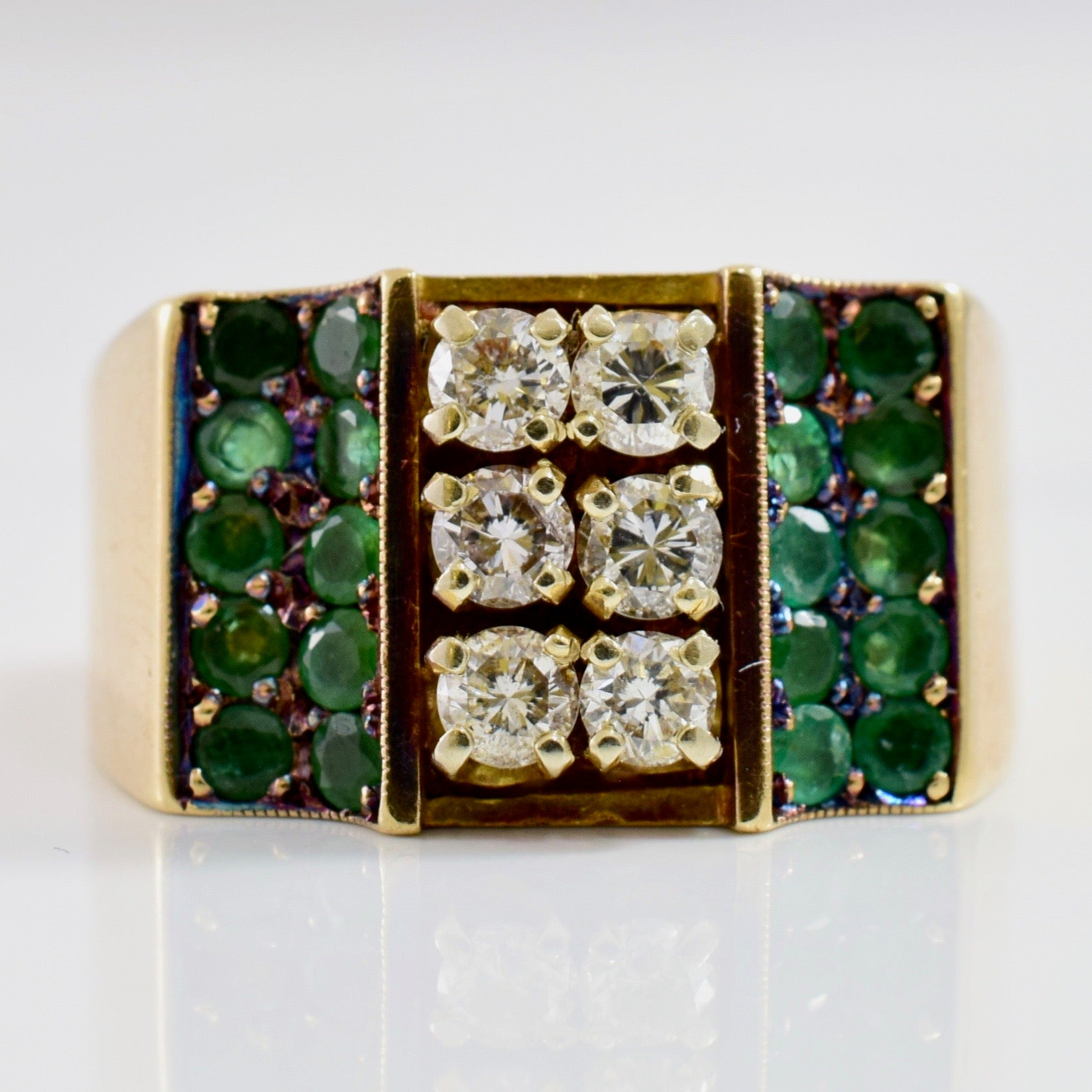 Diamond and Emerald Cluster Ring | 0.60 ctw SZ 10 |