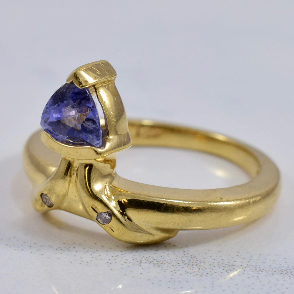 Tanzanite and Diamond Ring | 0.02 ctw SZ 3.5 |