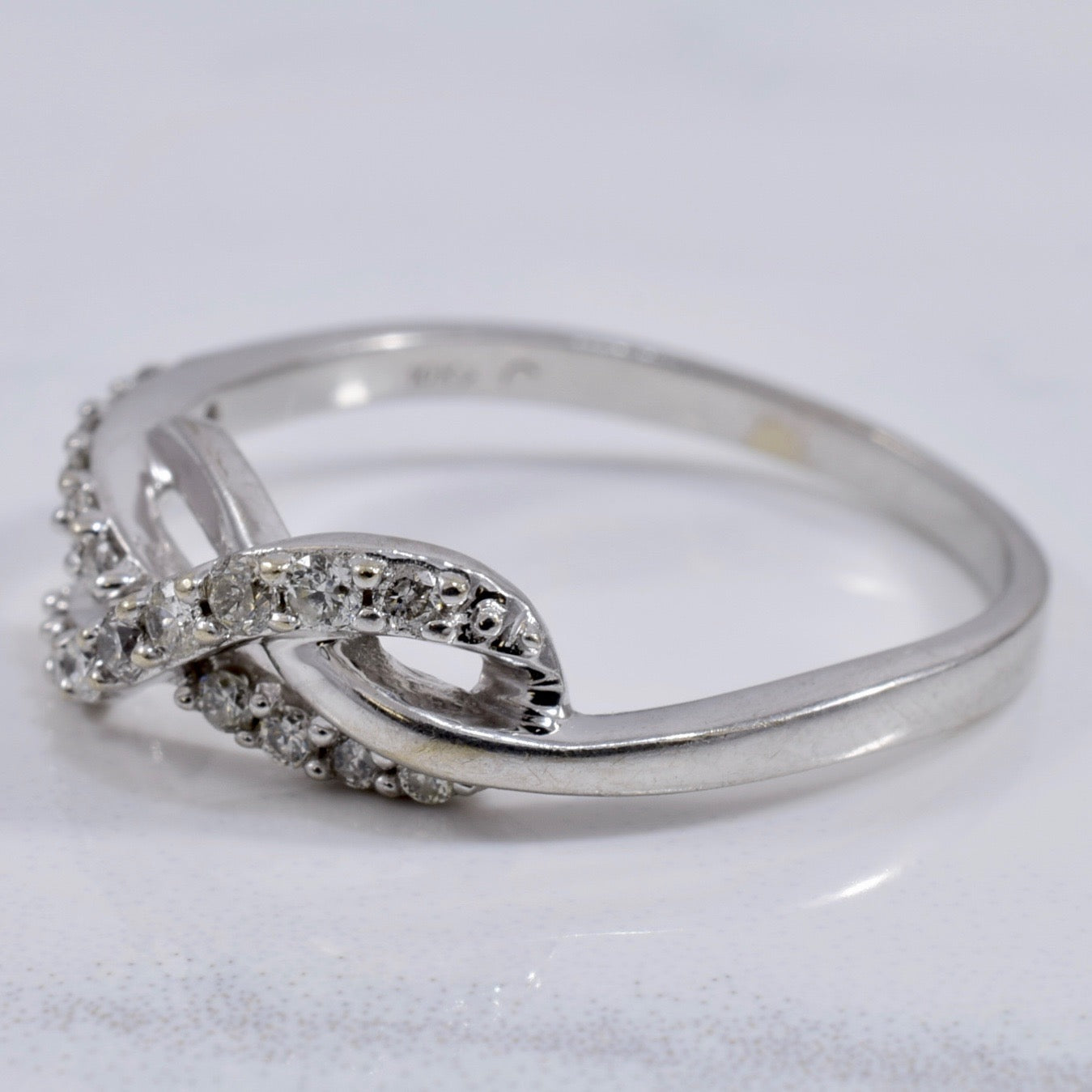 Diamond Infinity Ring | 0.20ctw | SZ 7.75 |