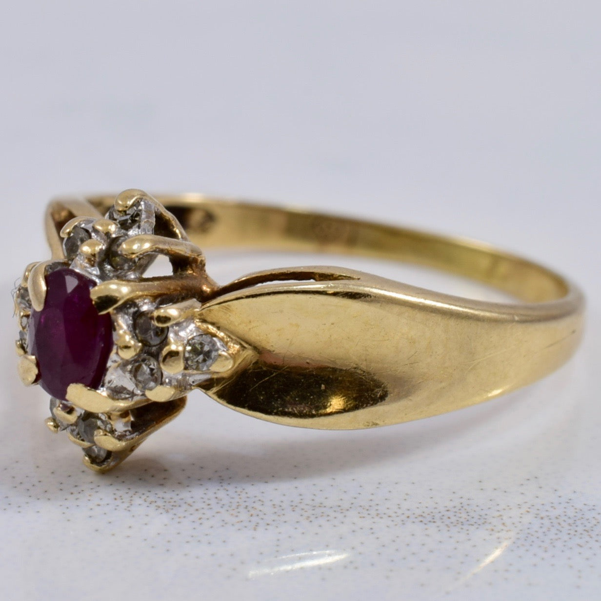 Ruby and Diamond Ring | 0.06 ctw SZ 5.5 |