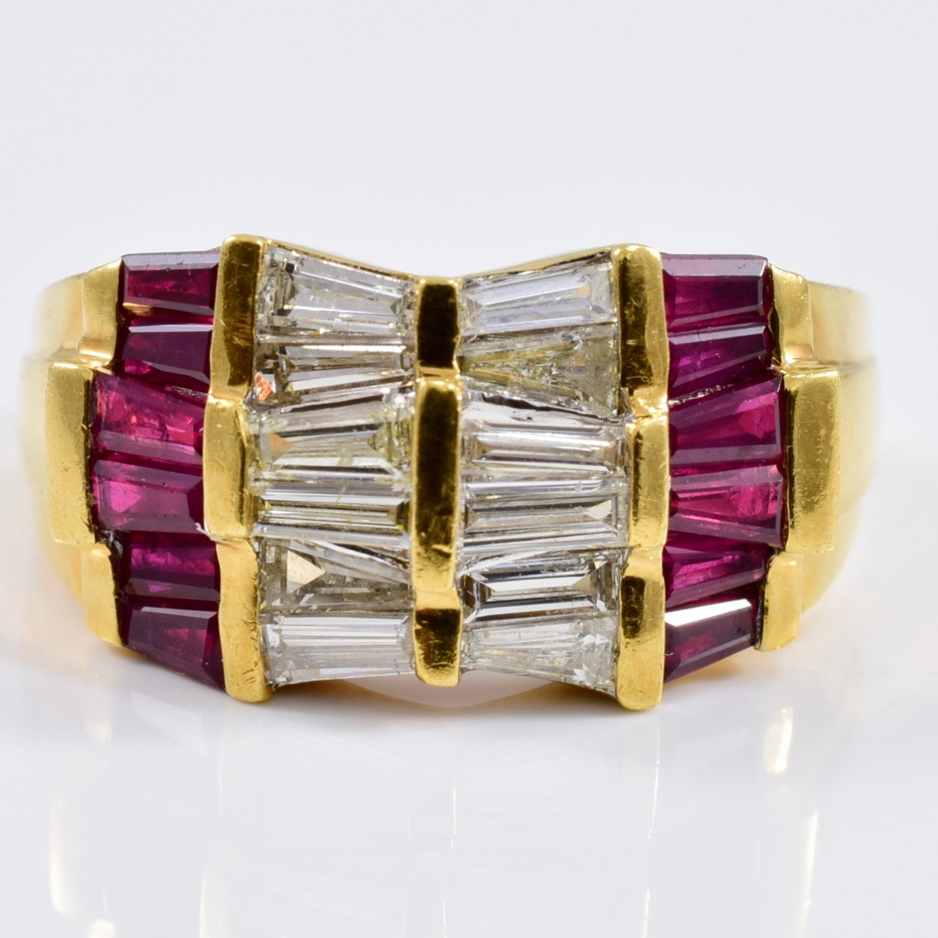 Dimond and Ruby Ring | 0.60 ctw SZ 7 |