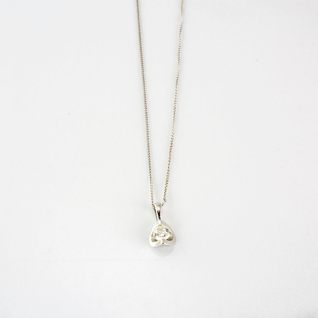 Half Moon Set Canadian Diamond Necklace | 0.15 ctw | SZ 20"