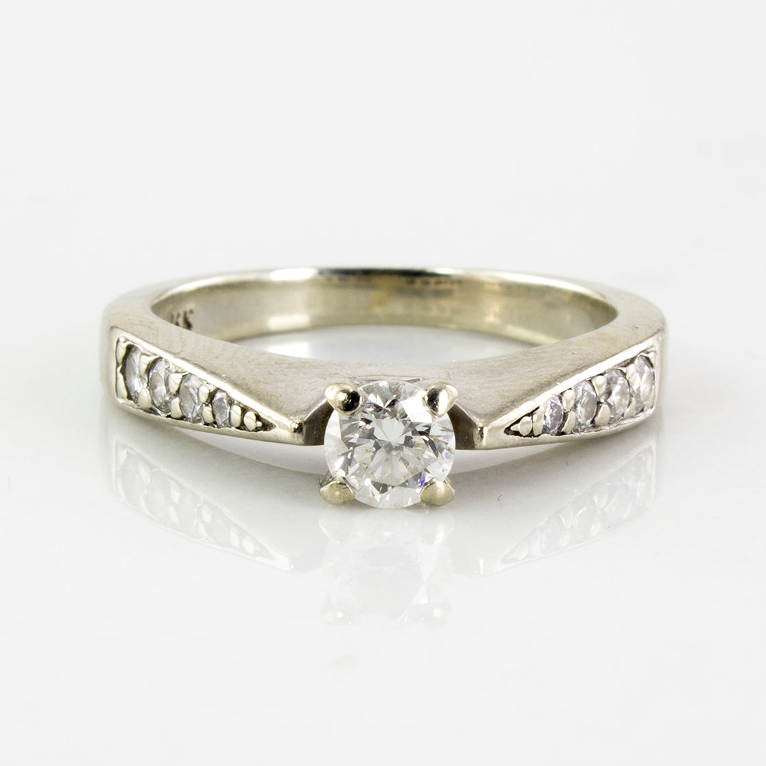 Tapered Flush Set Engagement Ring | 0.49 ctw | SZ 5.75 |