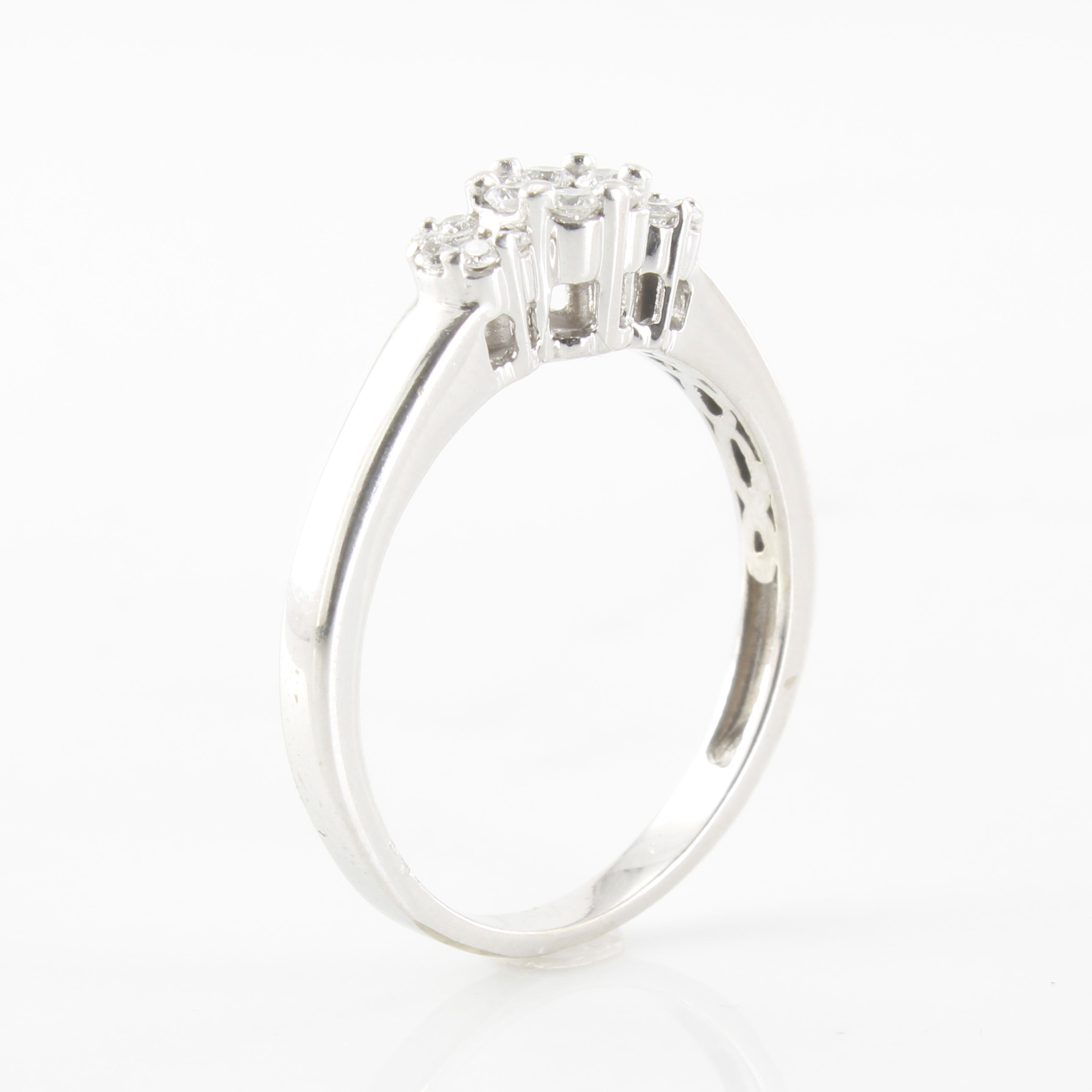Triple Cluster Diamond Ring | 0.25ctw | SZ 7.5 |