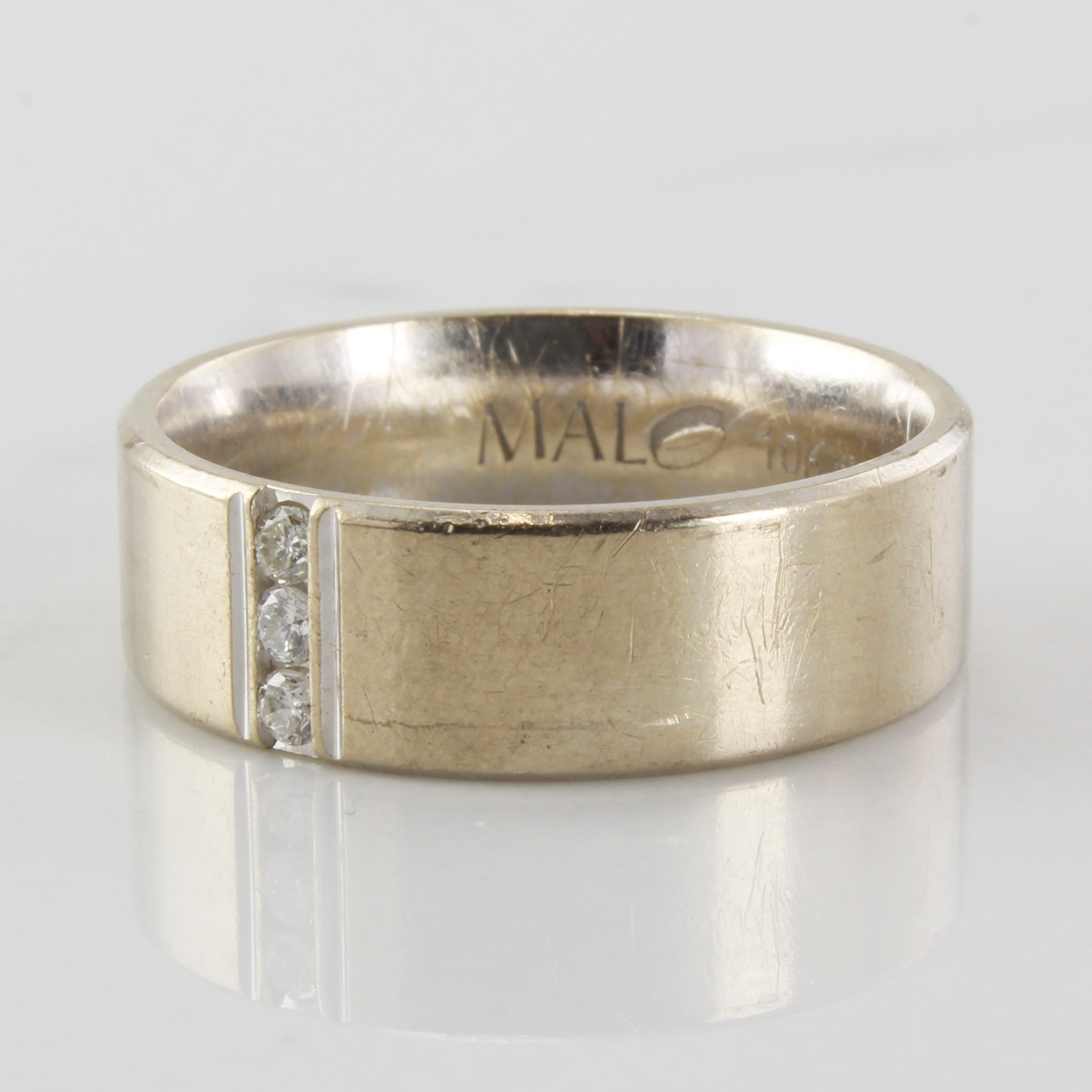 'Malo' Vertical Set Diamond Band | 0.09ctw | SZ 9.5 |