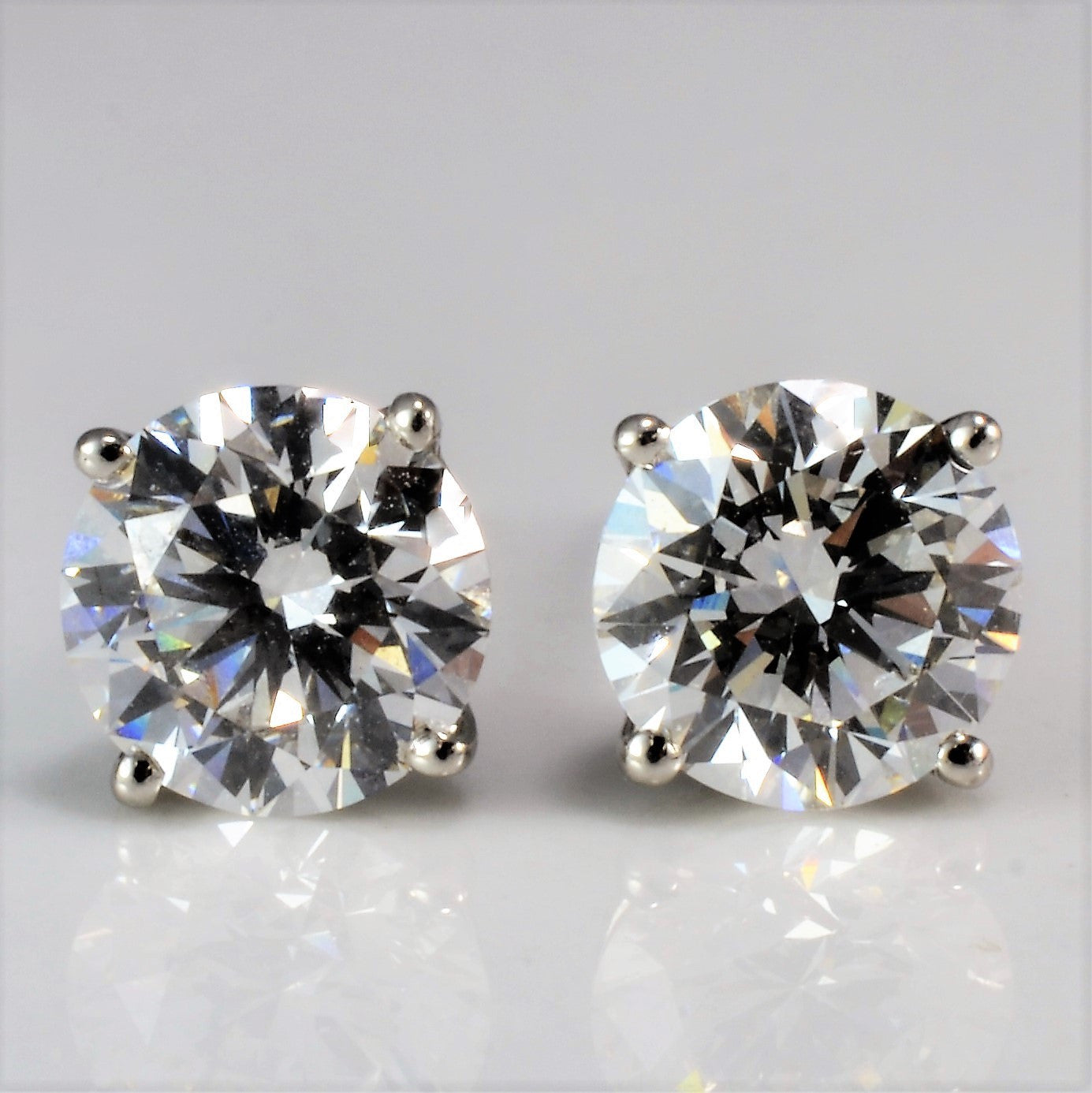 stud earrings image soli collection solitaire earring diamond white gold claw