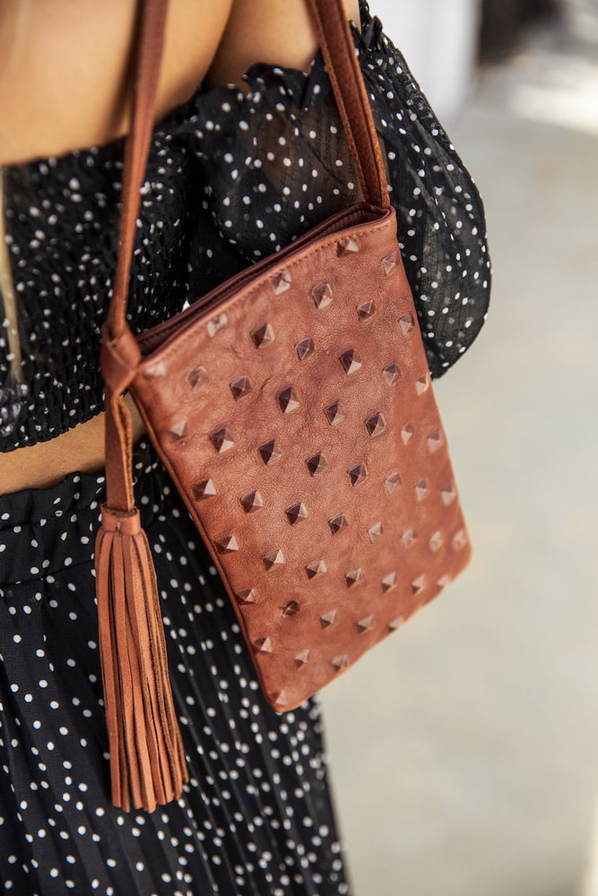 Frankie Bag Cognac Studs - Molly G