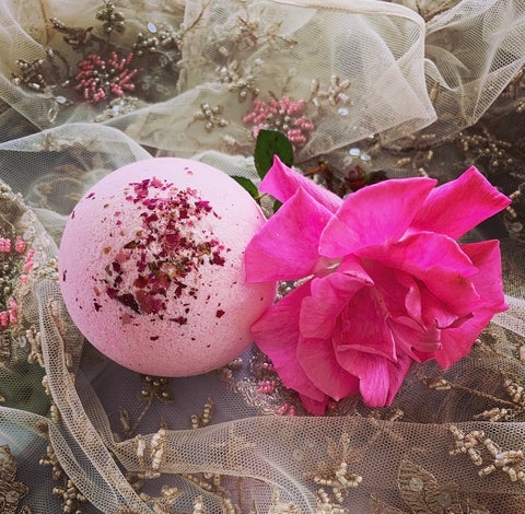 Vintage Rose Bath Bomb 160gm