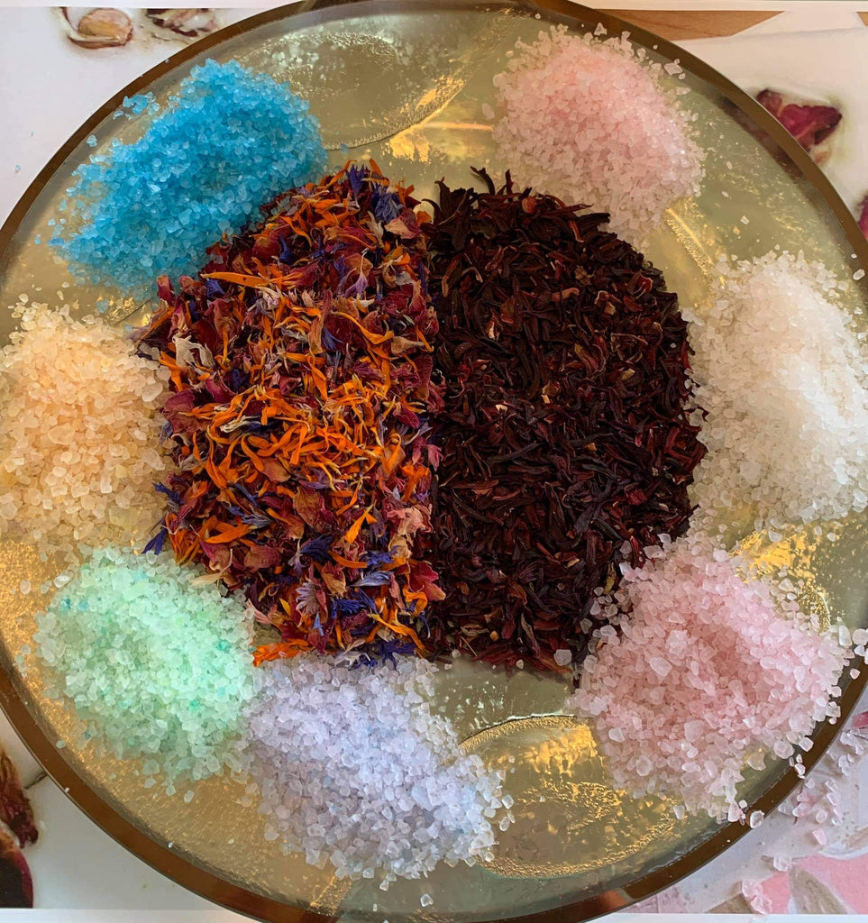 Beautiful Bath Salts with Nine Flowers NZ