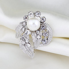 Luxurious Simulated Pearl Brooch - Allrate Shopping