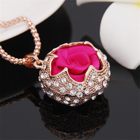 "Ladies ""European Rose"" Long Chain Pendant Necklace - Allrate Shopping"