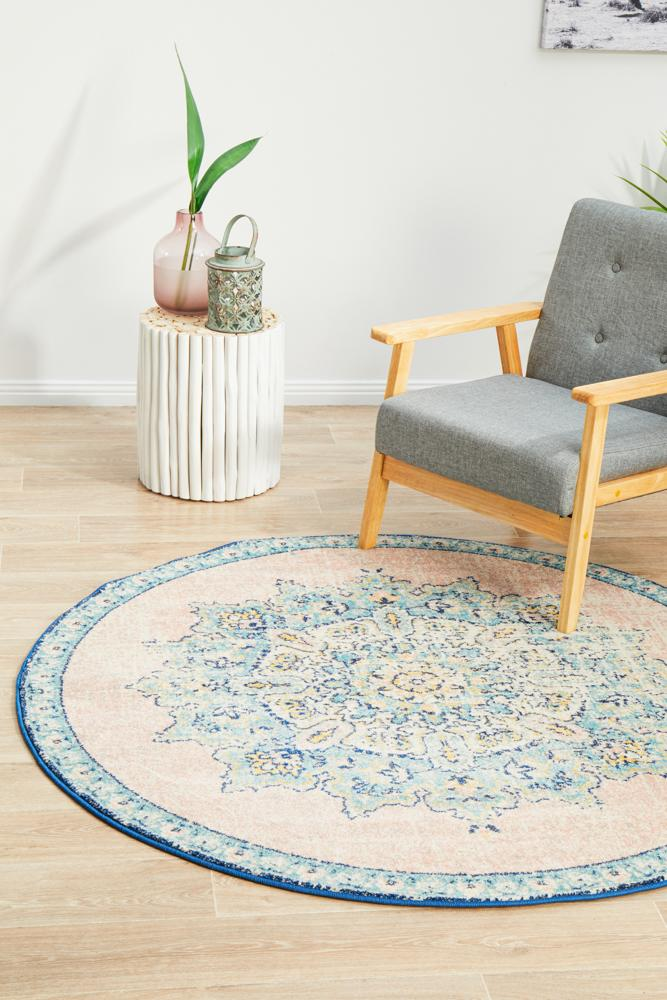 Avenue Approach Flamingo Round Rug