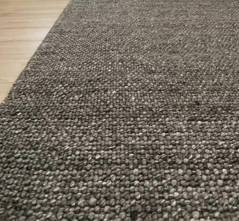 Alpha Arunirow Charcoal Rug