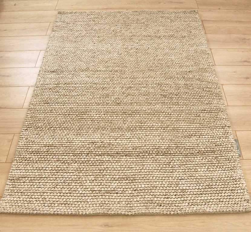 Alpha Arunirow Oyster Rug