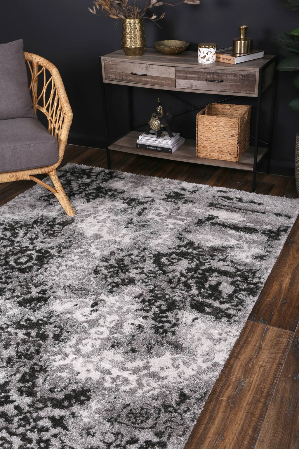 Yuzil Dark Grey Transitional Rug