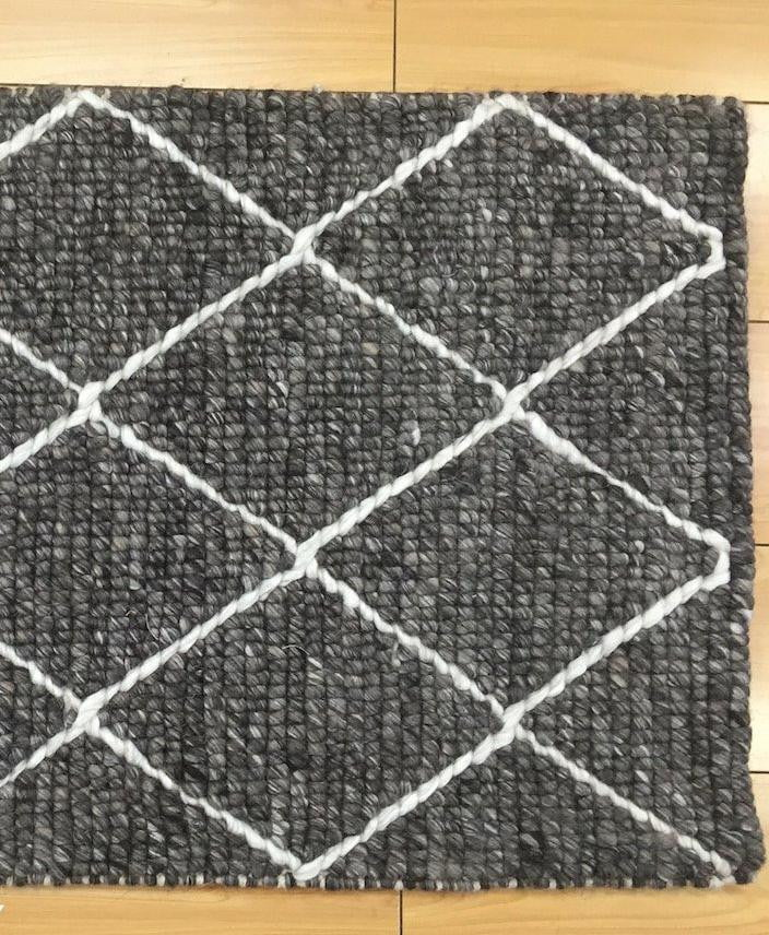 Alpha CruniossDia Dark Grey Rug
